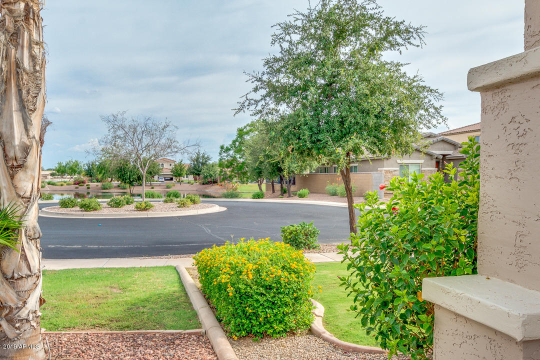 MLS 5960772 986 E LA COSTA Place, Chandler, AZ 85249 Lagos Vistoso