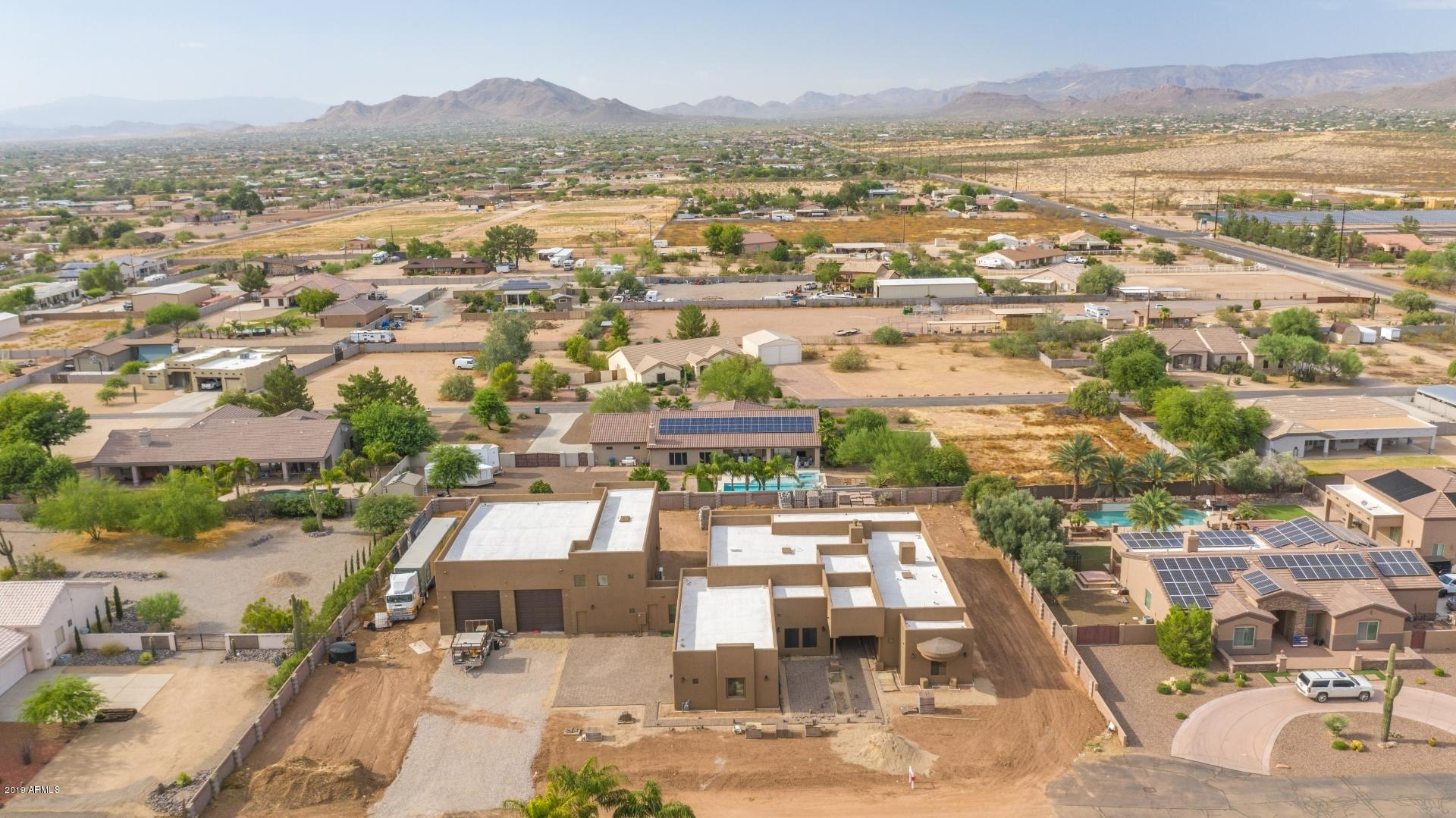 MLS 5962302 826 W WINDWARD Court, Phoenix, AZ 85086 Phoenix AZ Equestrian