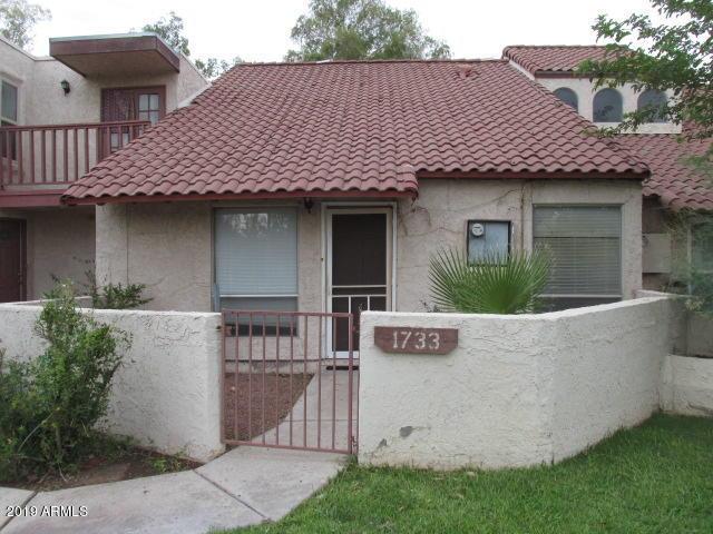 Photo of 1733 S SHANNON Drive, Tempe, AZ 85281