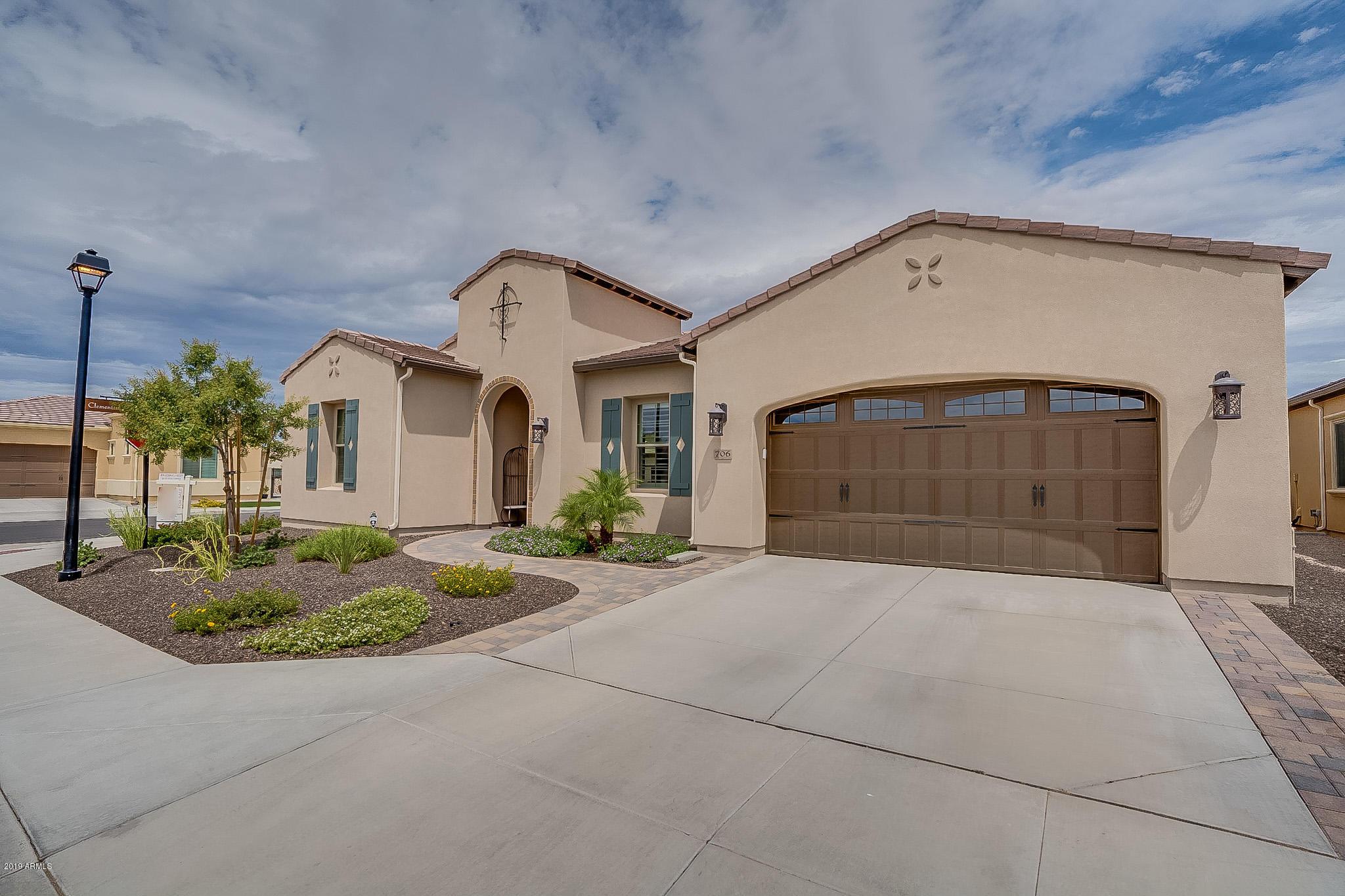 Photo of 706 E LA PALTA Street, Queen Creek, AZ 85140