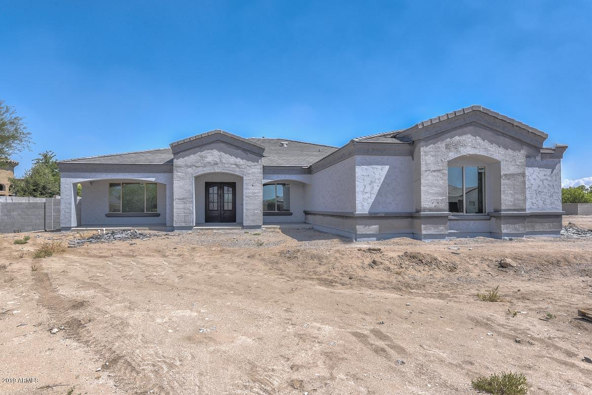 Photo of 18214 W SOLANO Court, Litchfield Park, AZ 85340