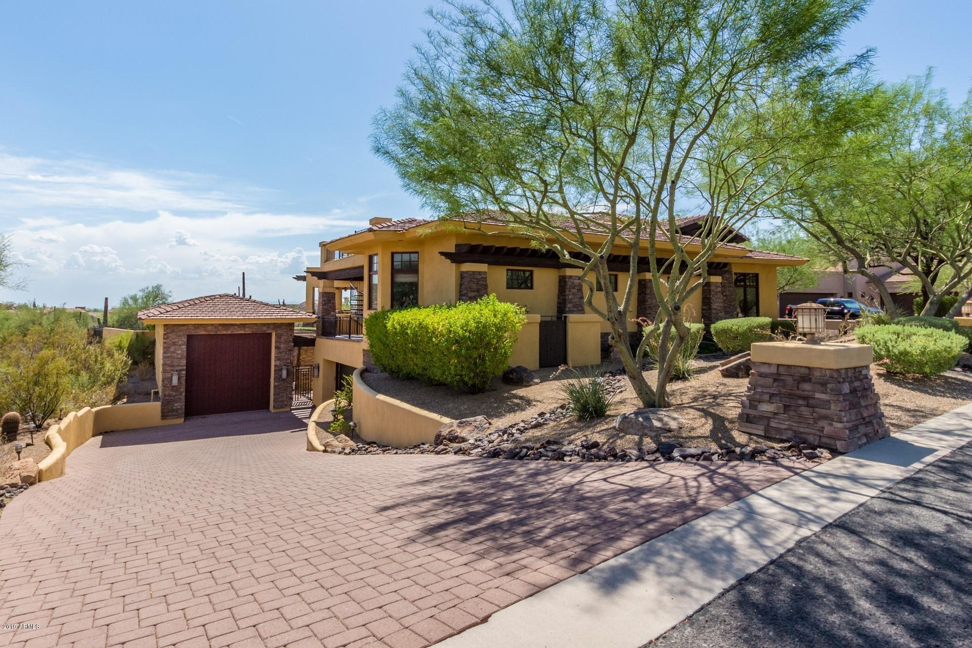 Photo of 4256 N DESERT OASIS Circle, Mesa, AZ 85207