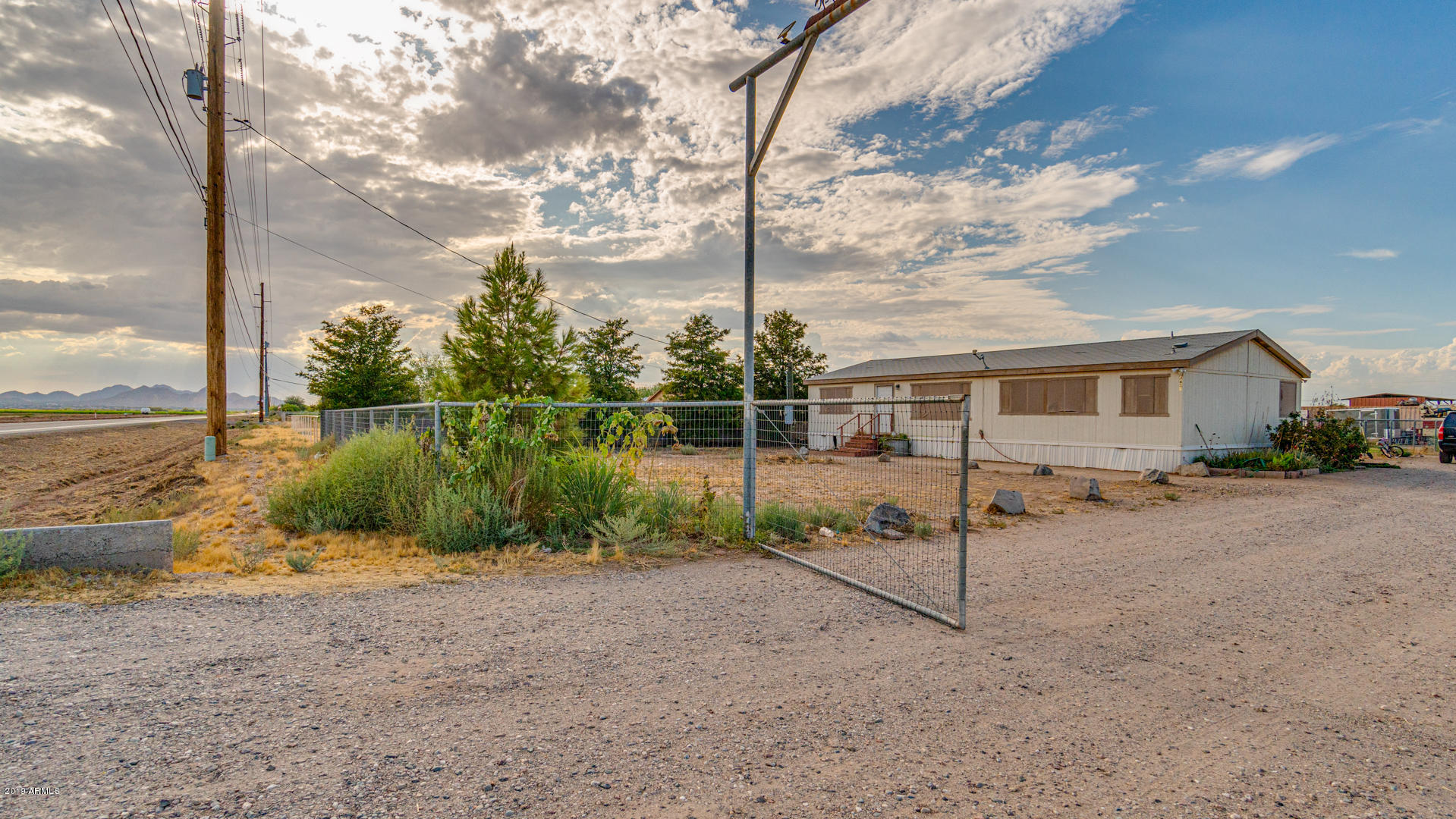 Photo of 4602 E SKYLINE Drive, San Tan Valley, AZ 85140