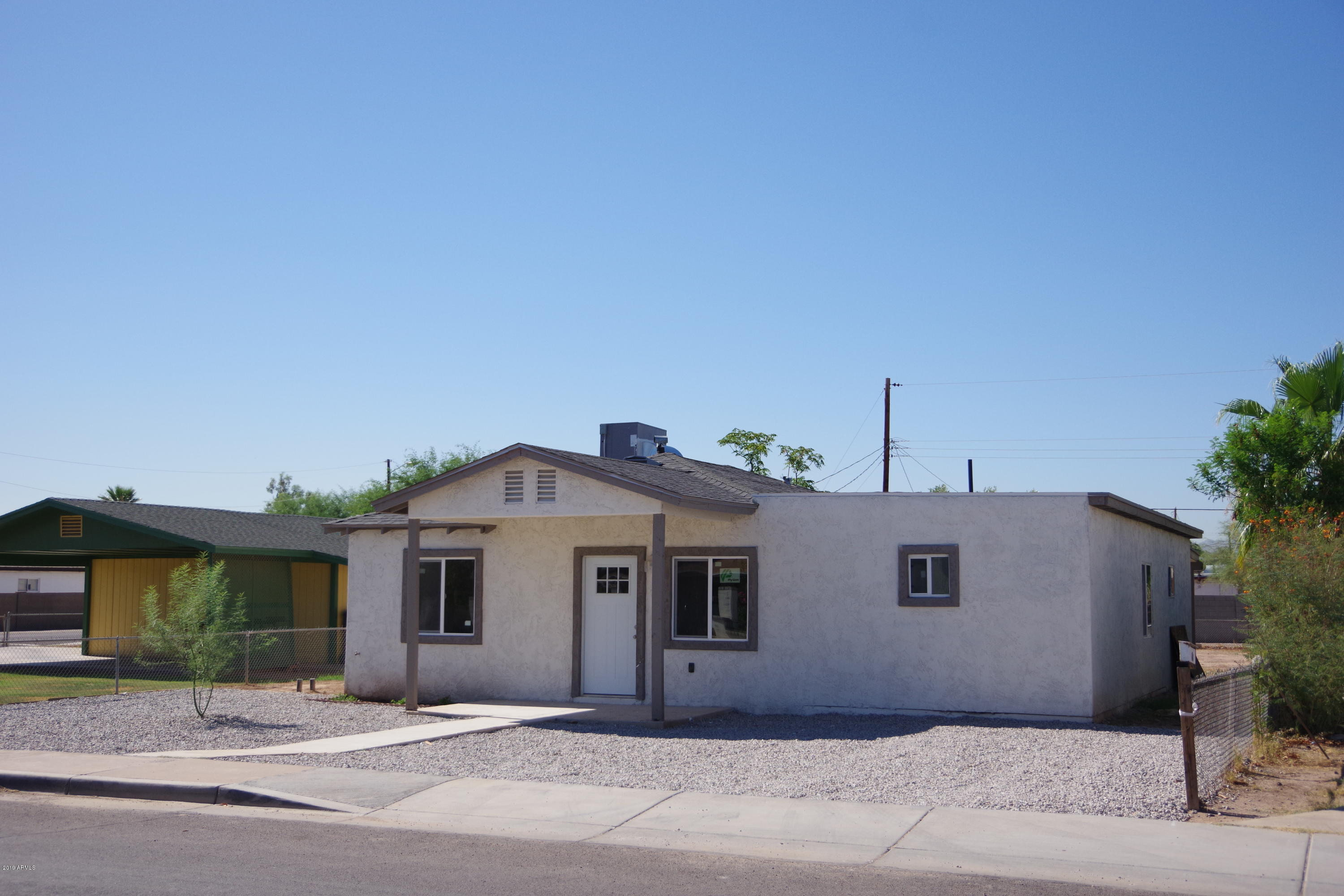 Photo of 9353 W TAYLOR Street, Tolleson, AZ 85353