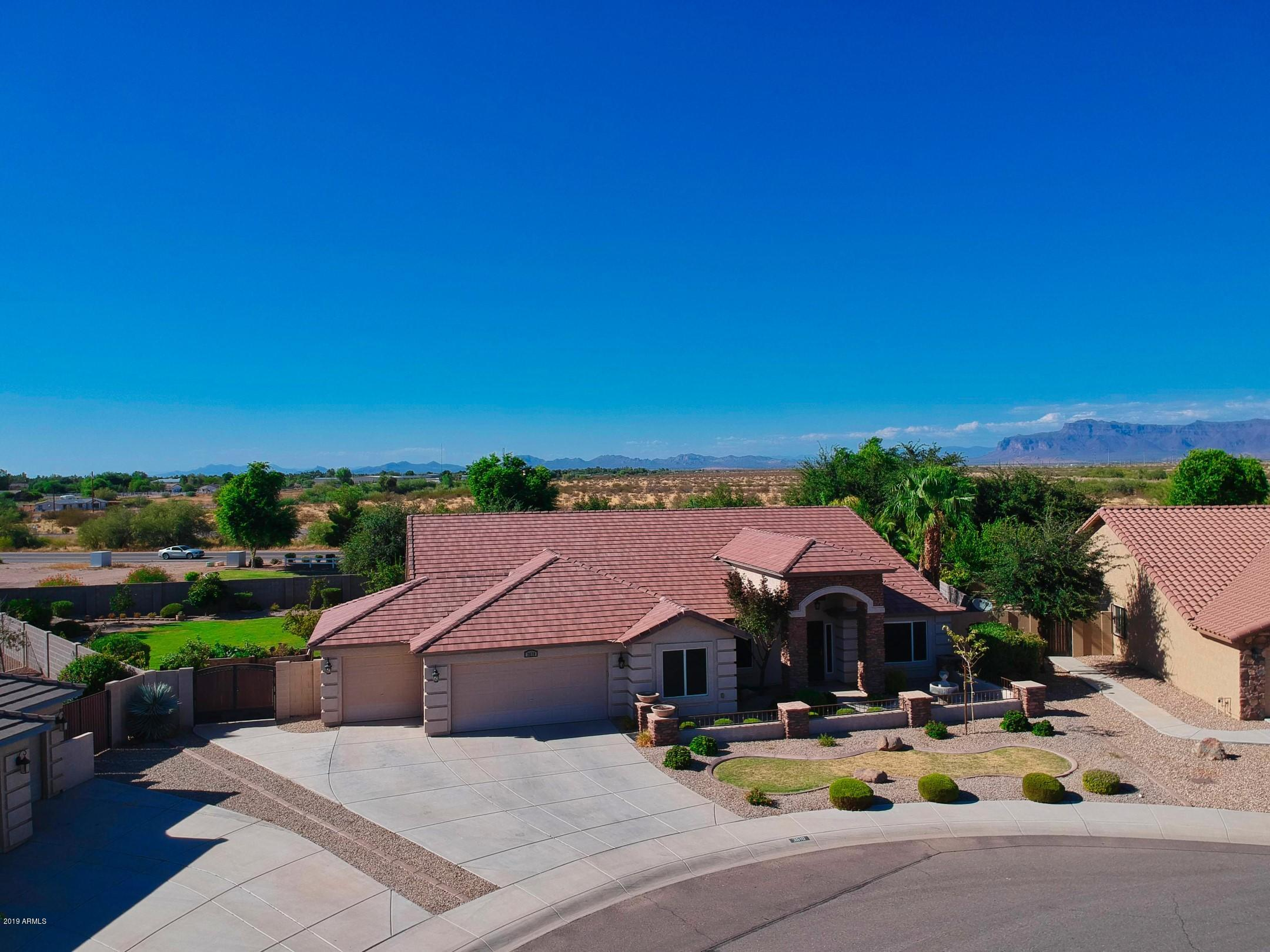 MLS 5969643 3610 E MEADOW LARK Way, San Tan Valley, AZ 85140 San Tan Valley AZ 5 or More Bedroom
