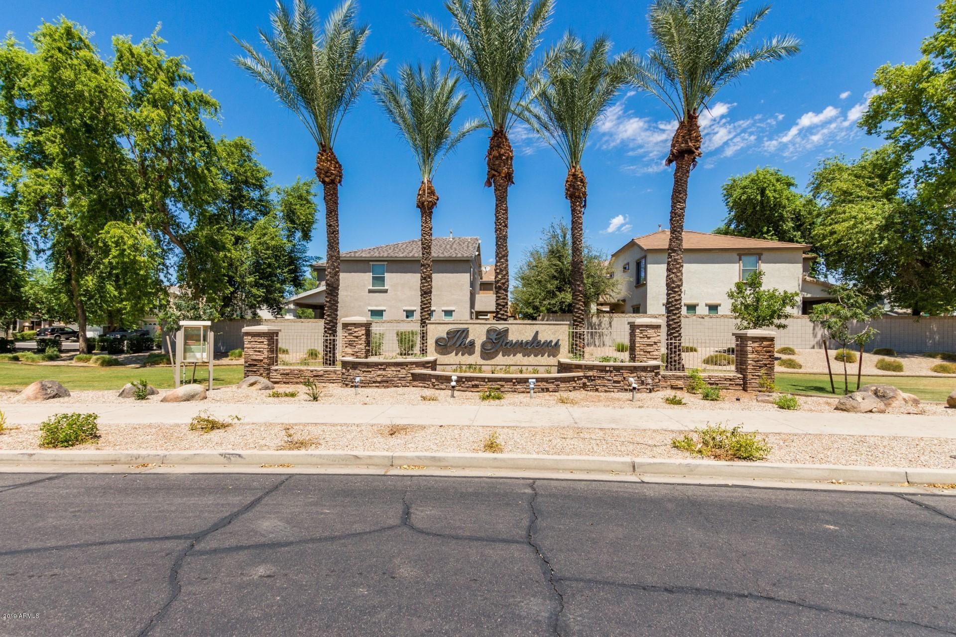 Photo of 4302 E JASPER Drive, Gilbert, AZ 85296