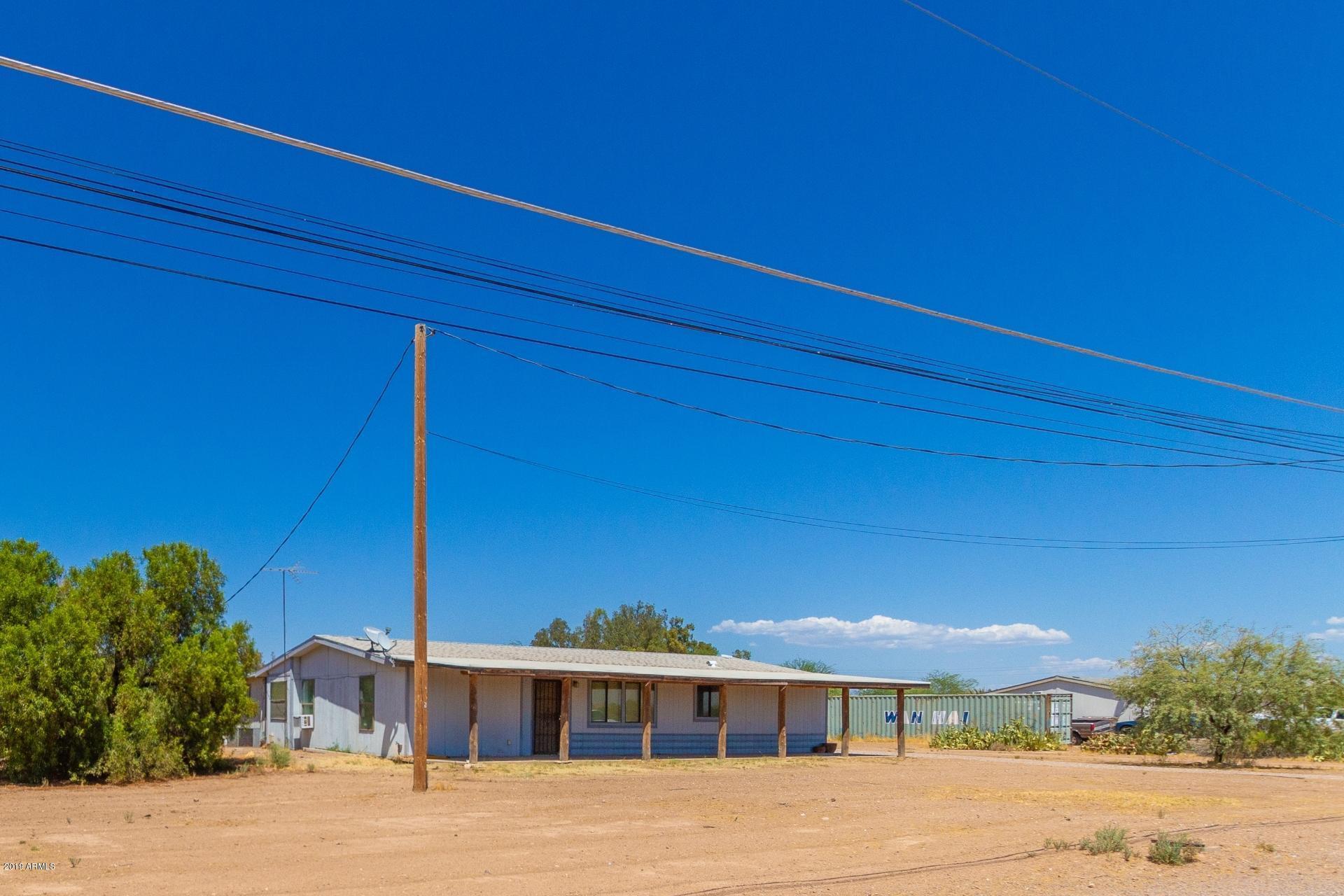 Photo of 4896 E HASH KNIFE DRAW Road, San Tan Valley, AZ 85140