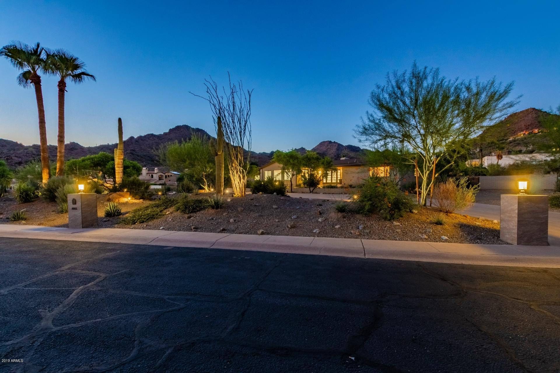 Photo of 4002 E SIERRA VISTA Drive, Paradise Valley, AZ 85253