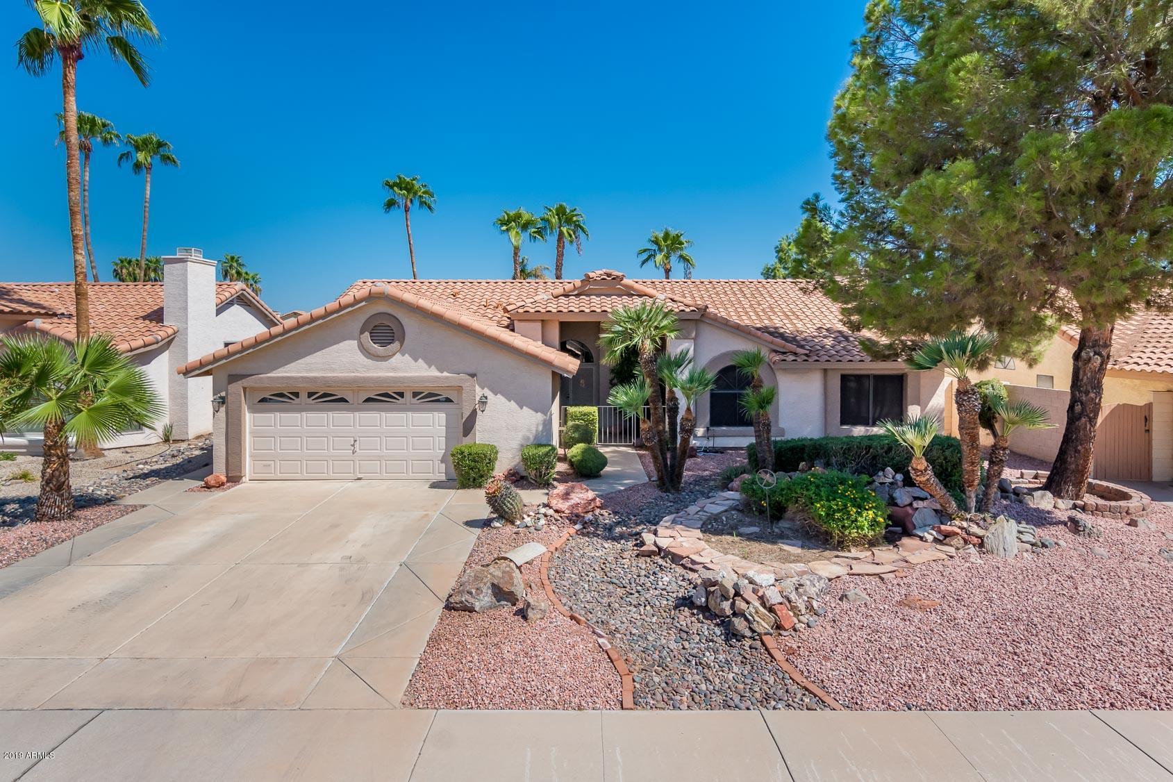 Photo of 10940 W SUNFLOWER Place, Avondale, AZ 85392