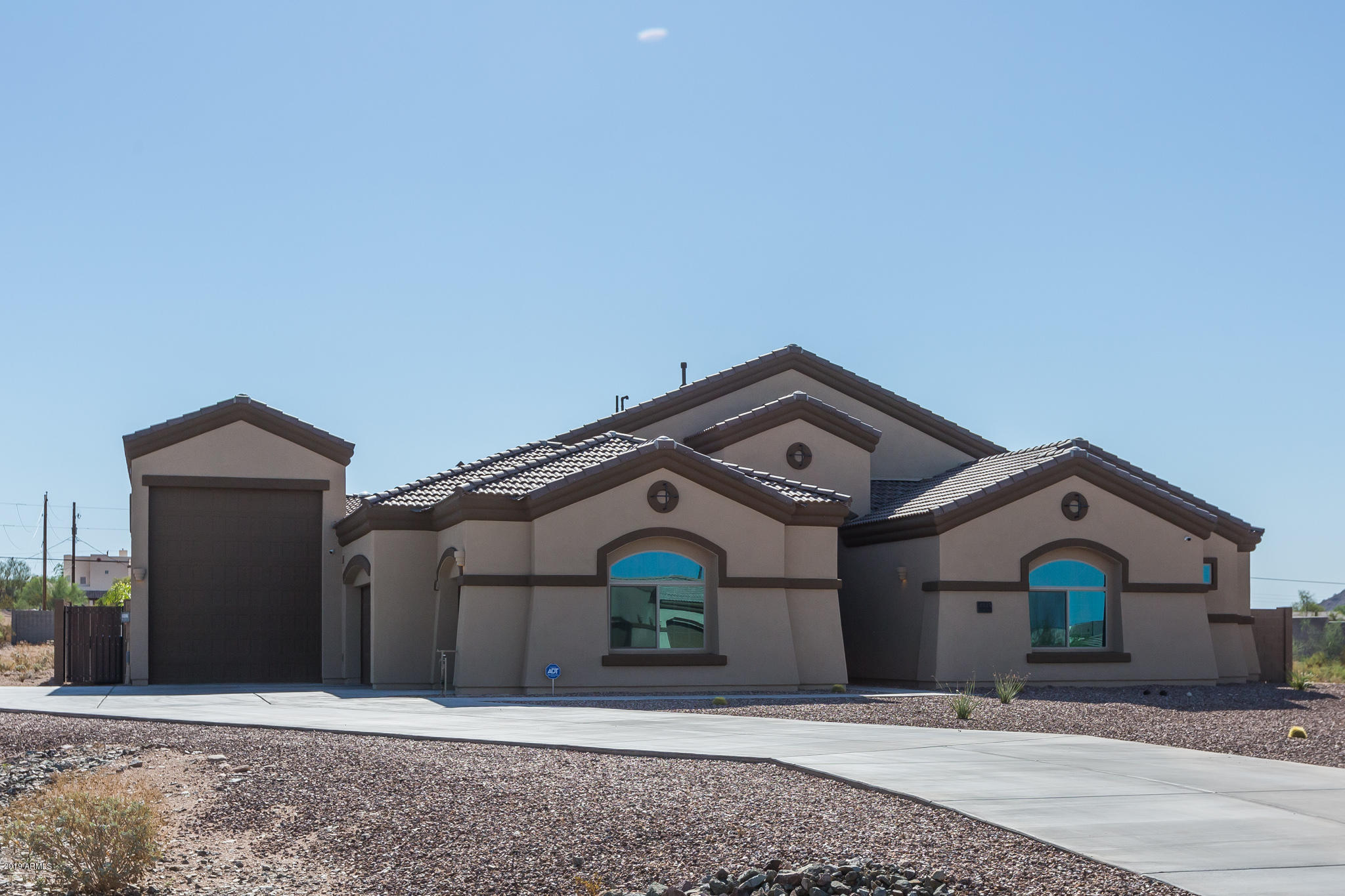 Photo of 2225 N 76TH Place, Mesa, AZ 85207