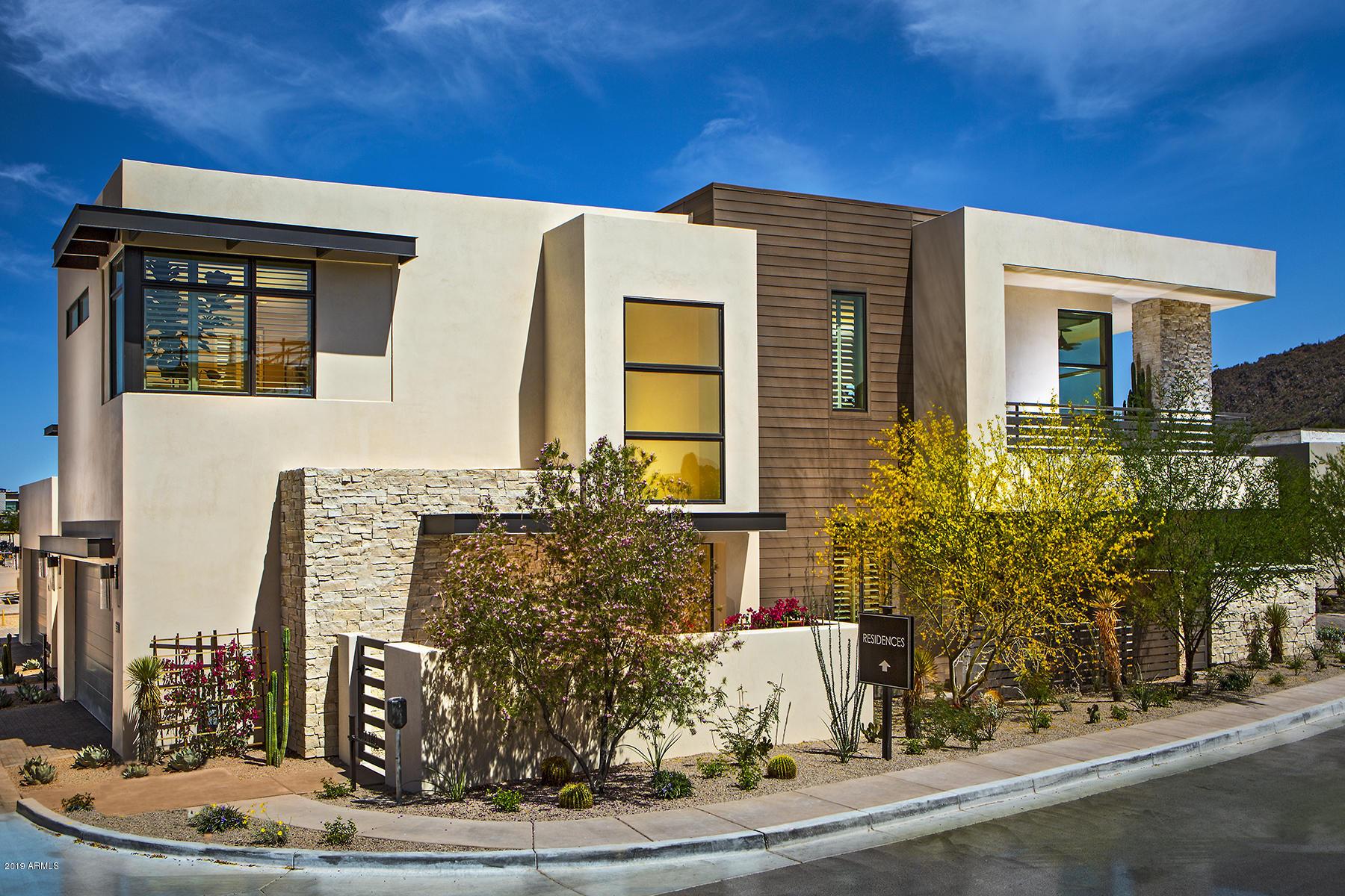 Photo of 5548 E STELLA Lane, Paradise Valley, AZ 85253