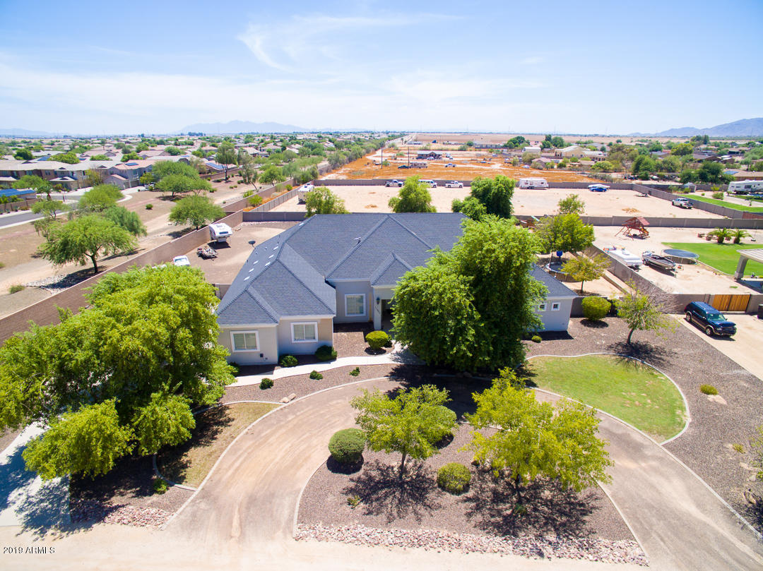 MLS 5969147 17903 W GELDING Drive, Surprise, AZ Surprise Horse Property for Sale