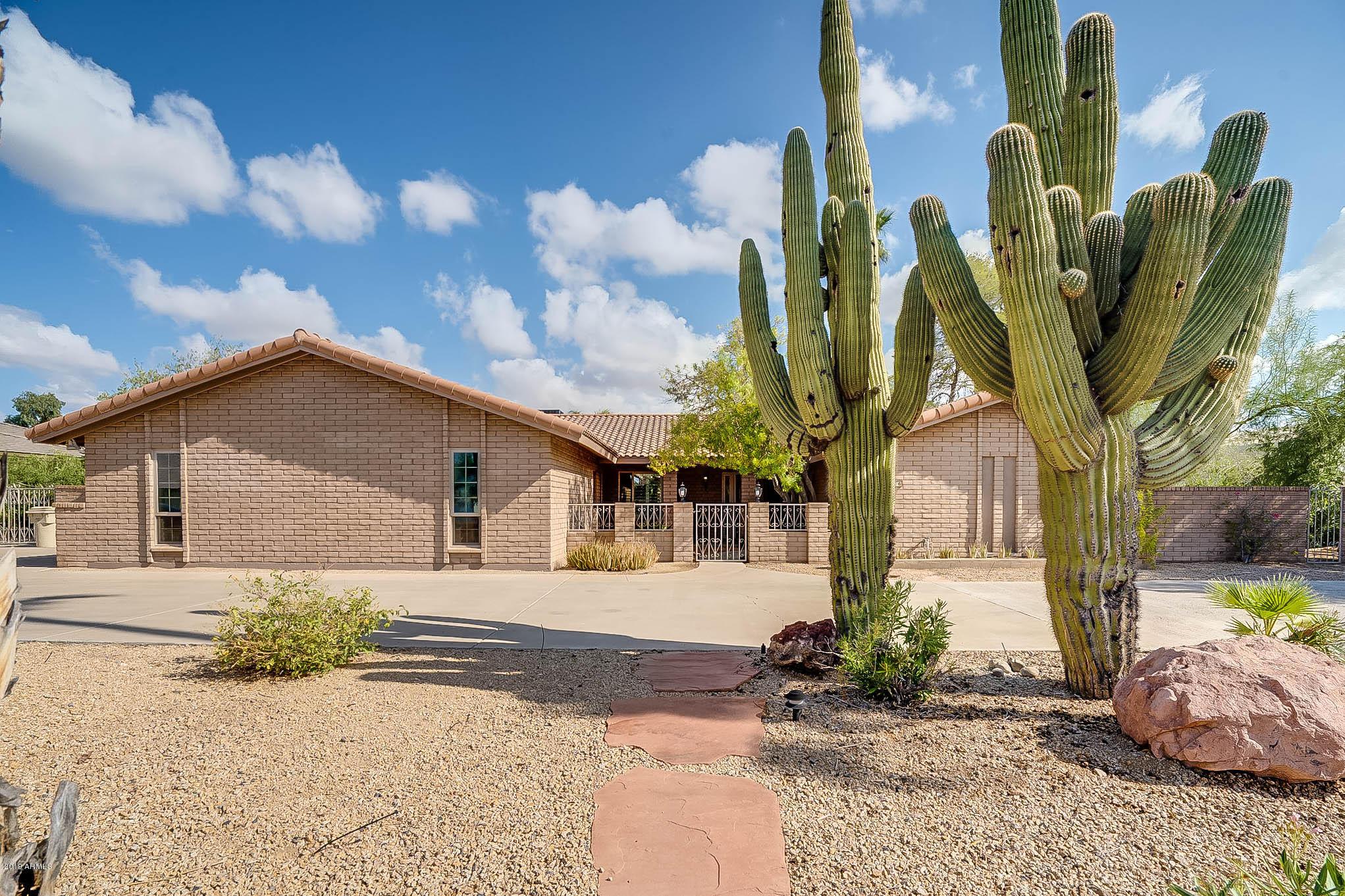 Photo of 7316 W VILLA RITA Drive, Glendale, AZ 85308