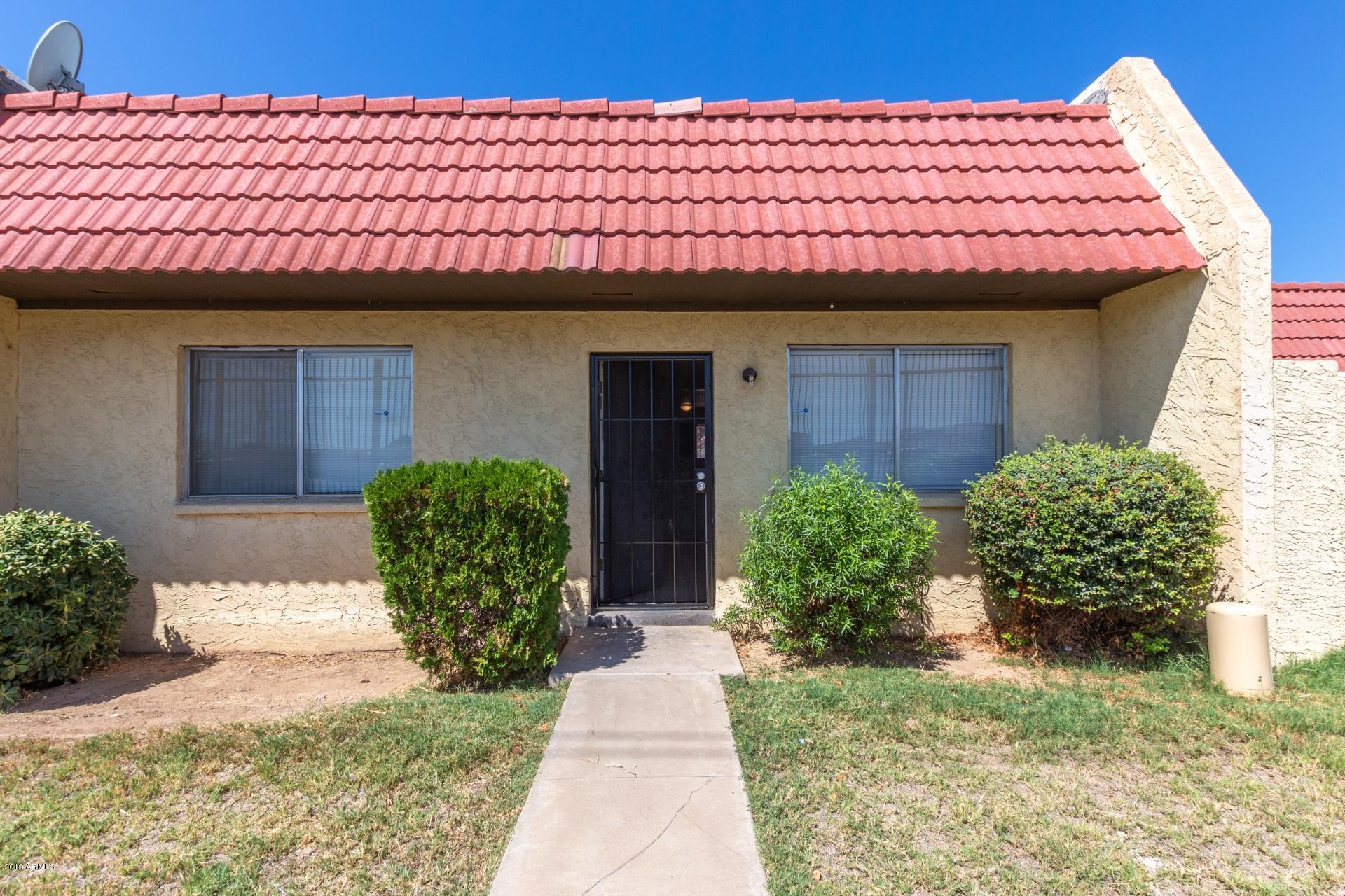Photo of 3302 W GOLDEN Lane, Phoenix, AZ 85051