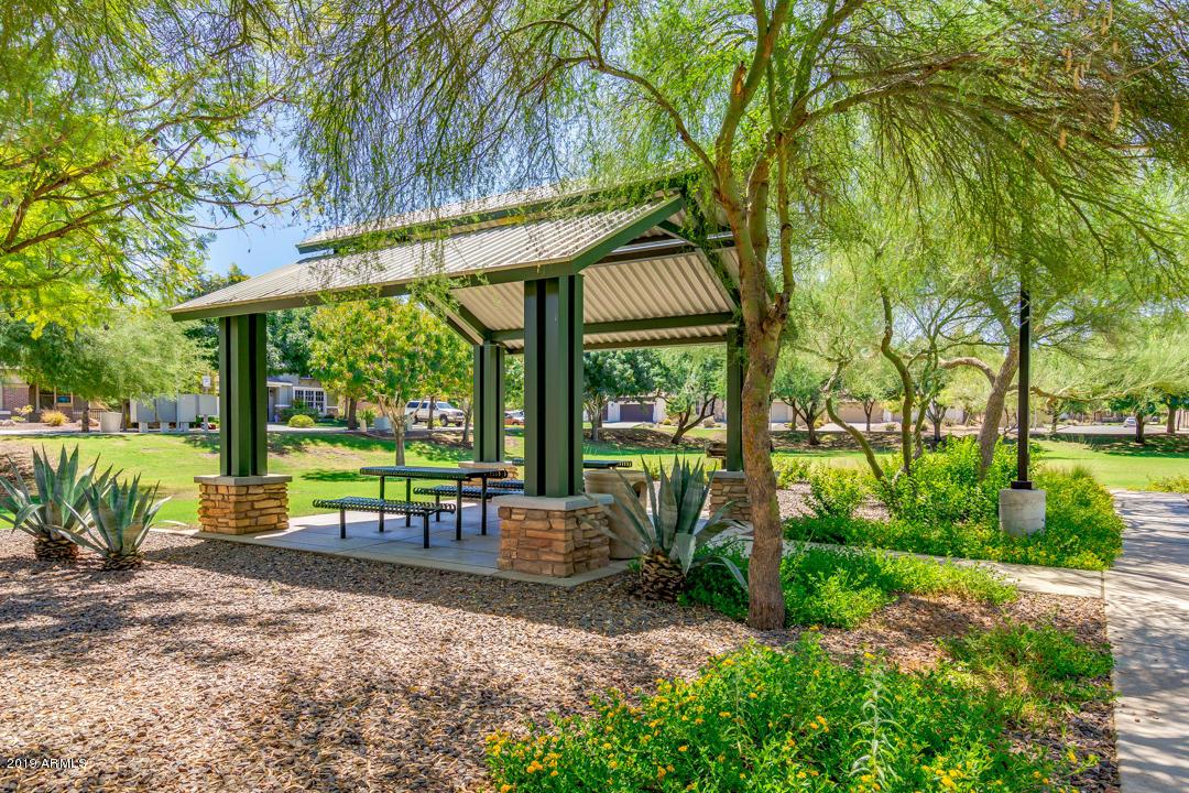 MLS 5971194 2227 E FRAKTUR Road, Phoenix, AZ 85040 Phoenix AZ Copper Leaf