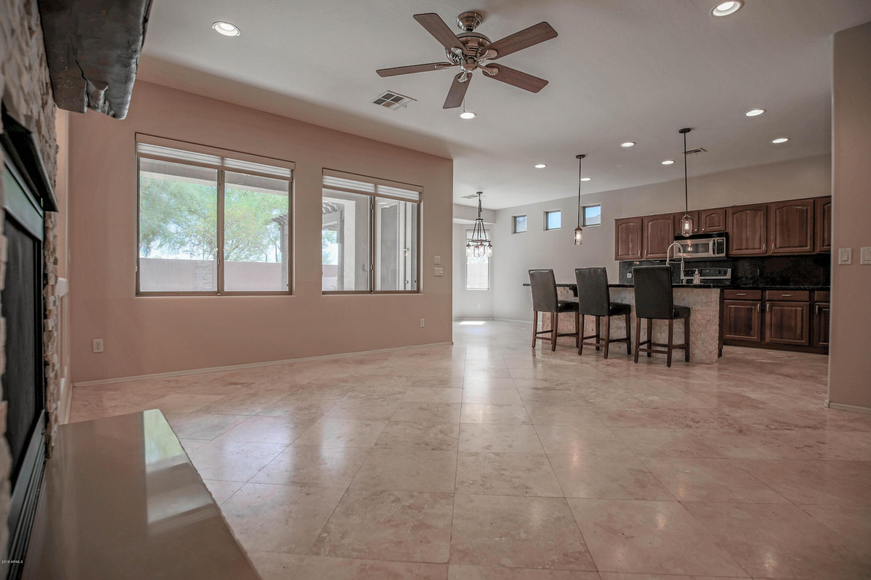 MLS 5969464 2113 W SPUR Drive, Phoenix, AZ 85085 Phoenix AZ Valley Vista