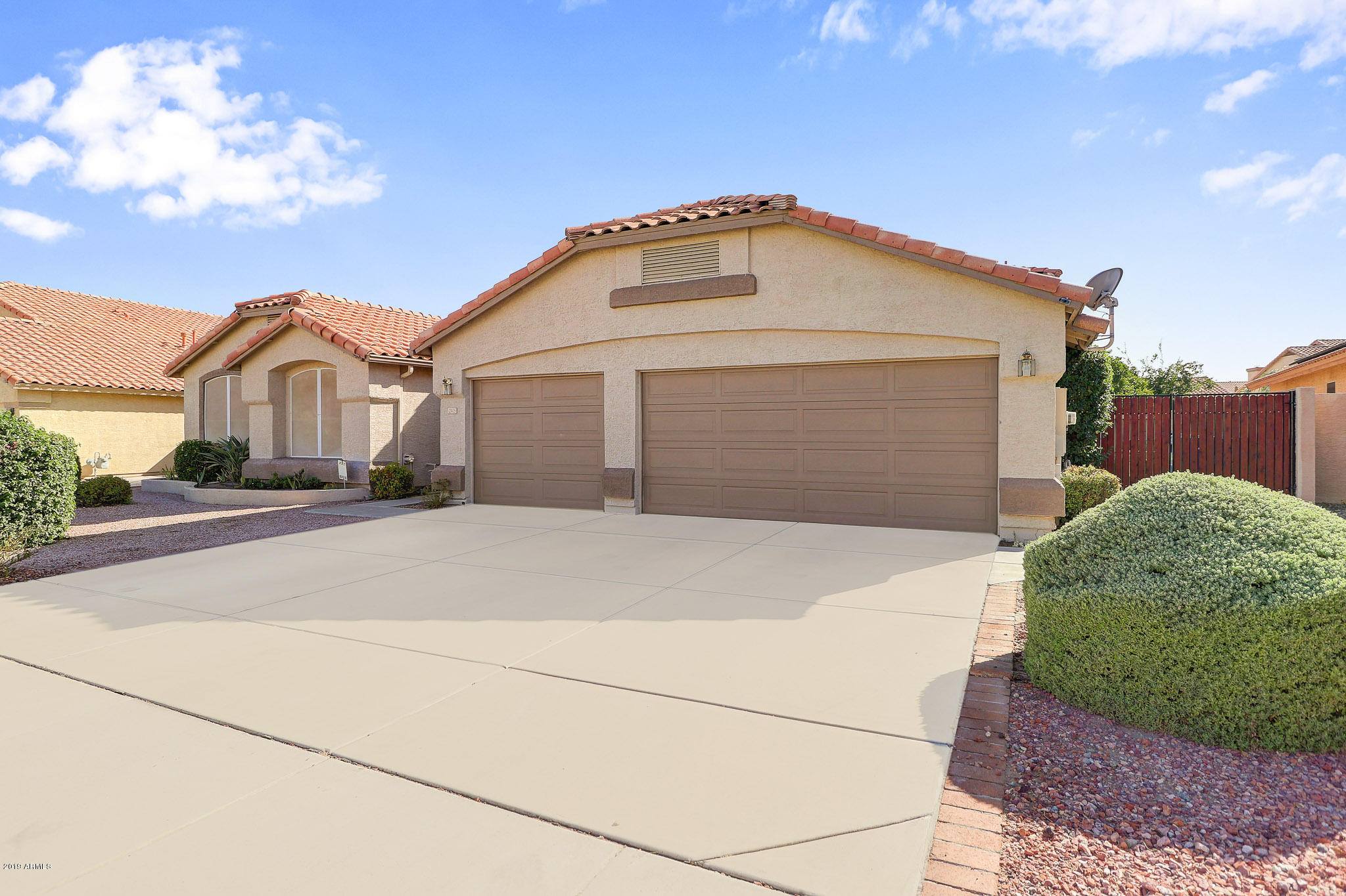 Photo of 12405 W LEWIS Avenue, Avondale, AZ 85392