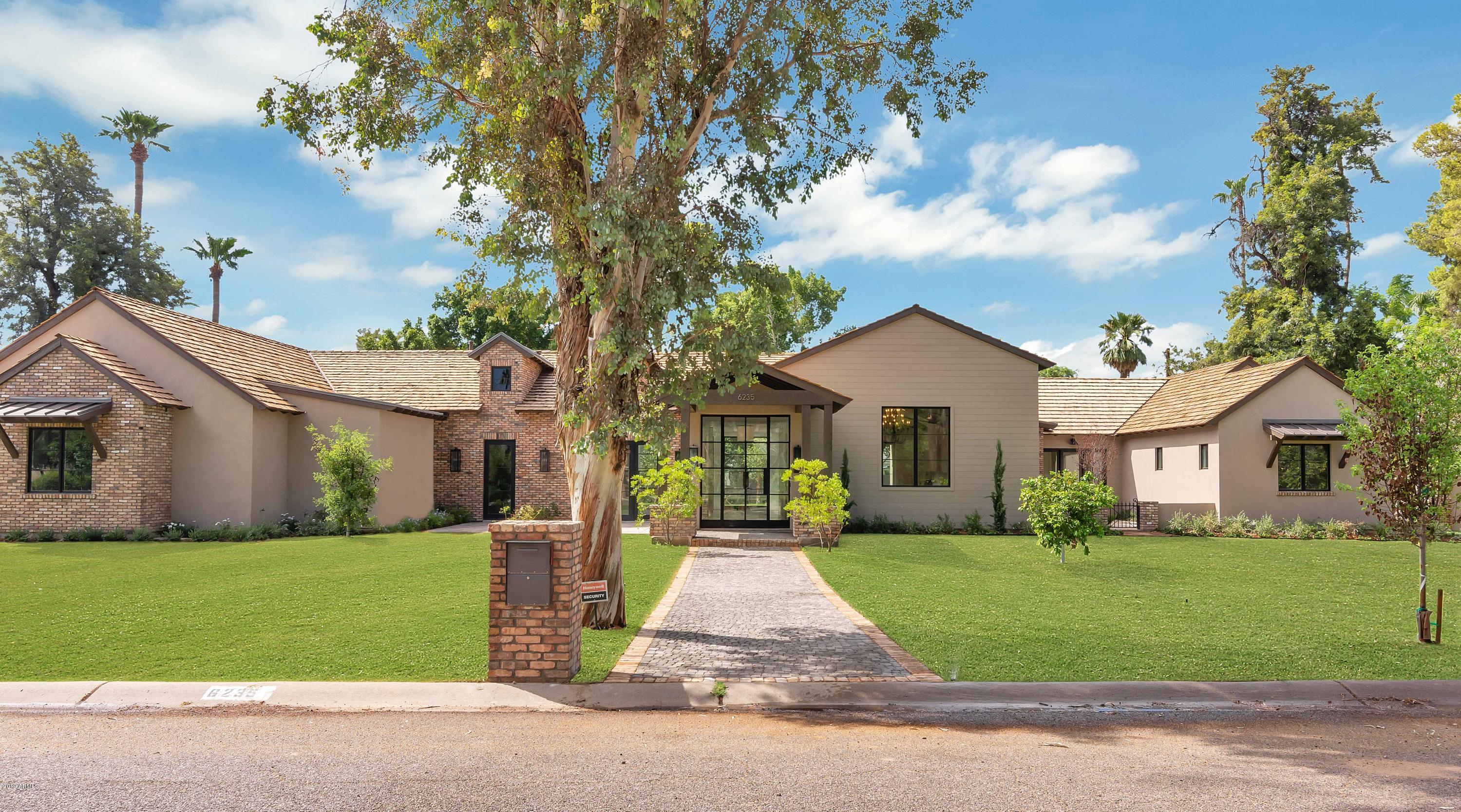Photo of 6235 E MONTECITO Avenue, Scottsdale, AZ 85251