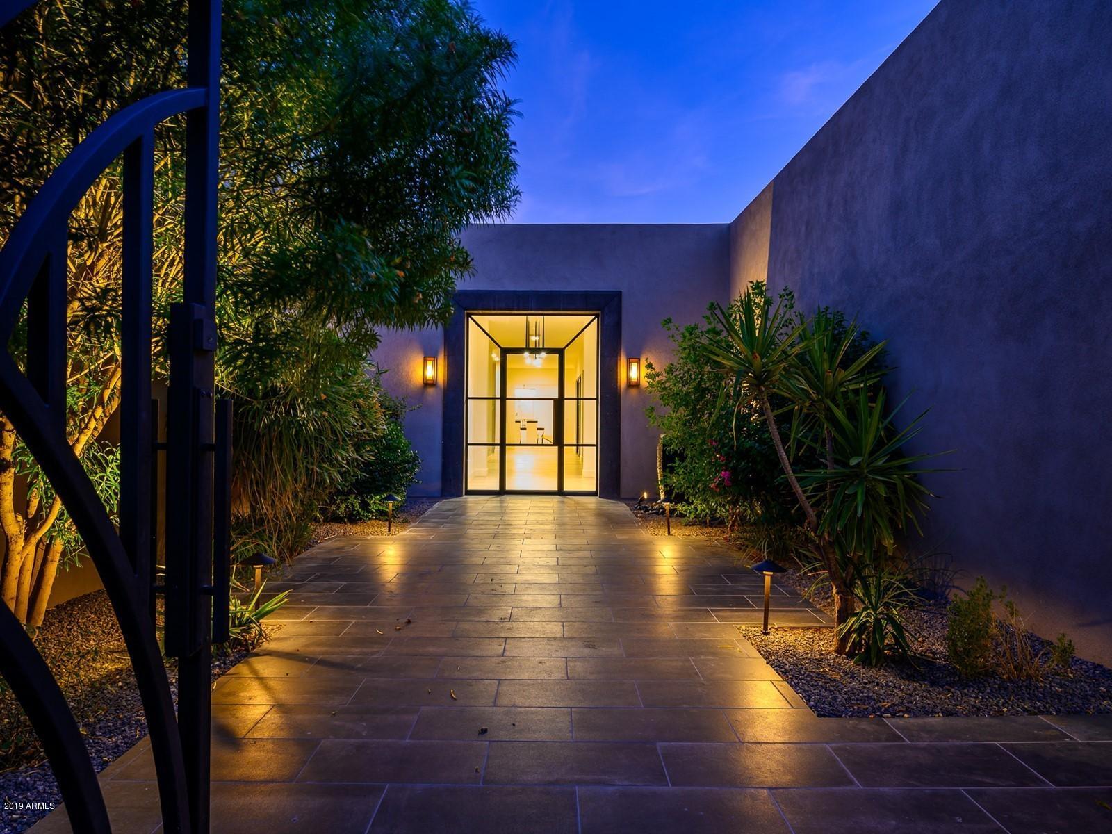 Photo of 8002 N 47TH Street, Paradise Valley, AZ 85253