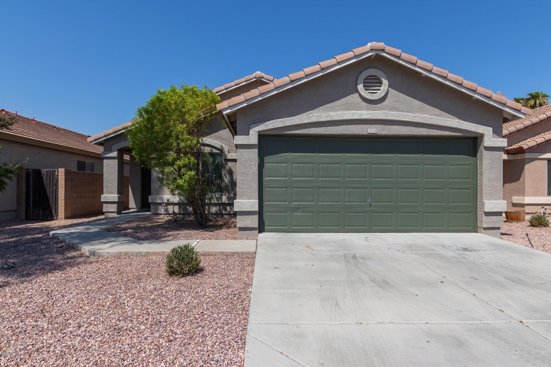 Photo of 13718 W PECK Drive, Litchfield Park, AZ 85340