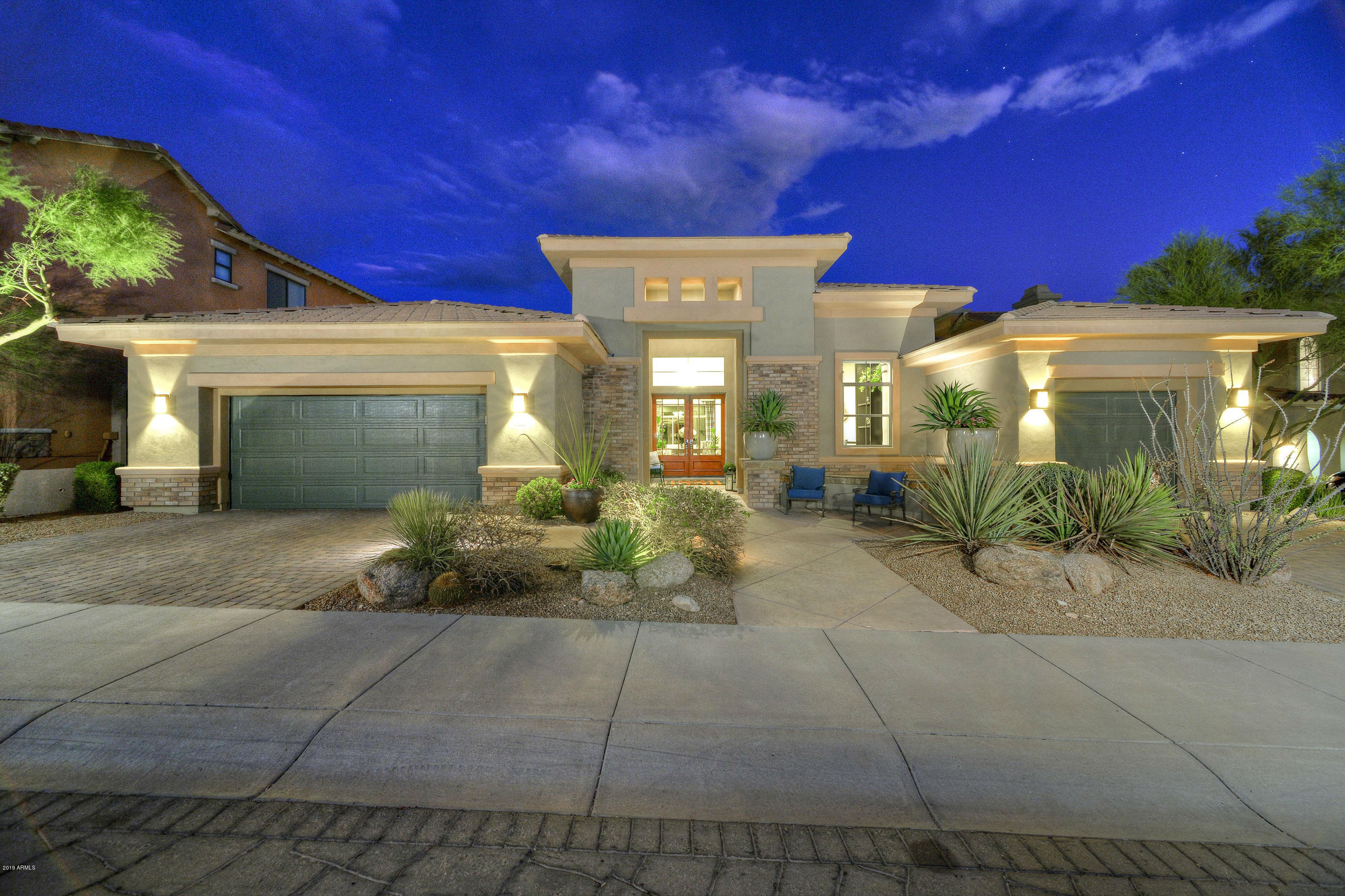 Photo of 10105 E RIDGERUNNER Drive, Scottsdale, AZ 85255