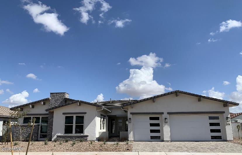 Photo of 10426 E TOPAZ Avenue, Mesa, AZ 85212