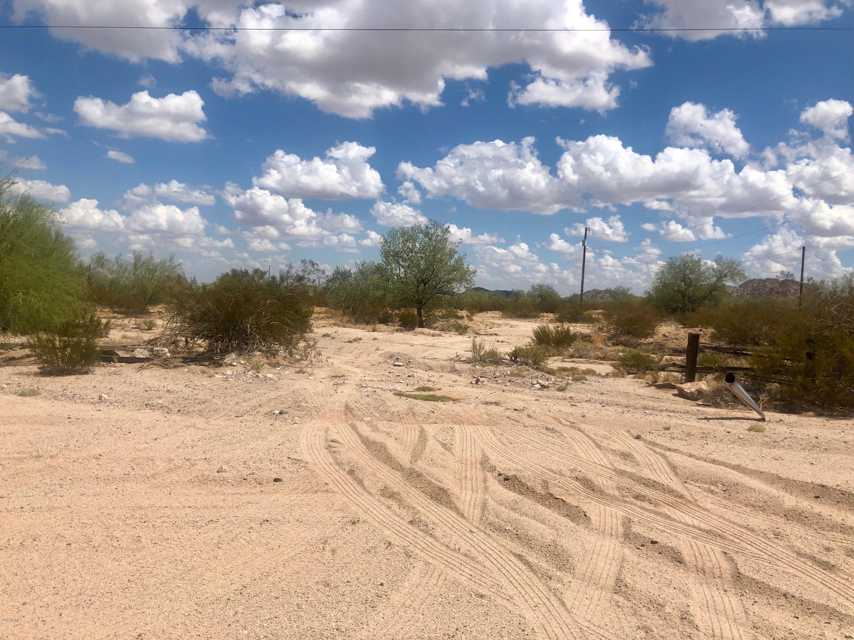 Photo of 983 S LA PAZ Road, Maricopa, AZ 85139
