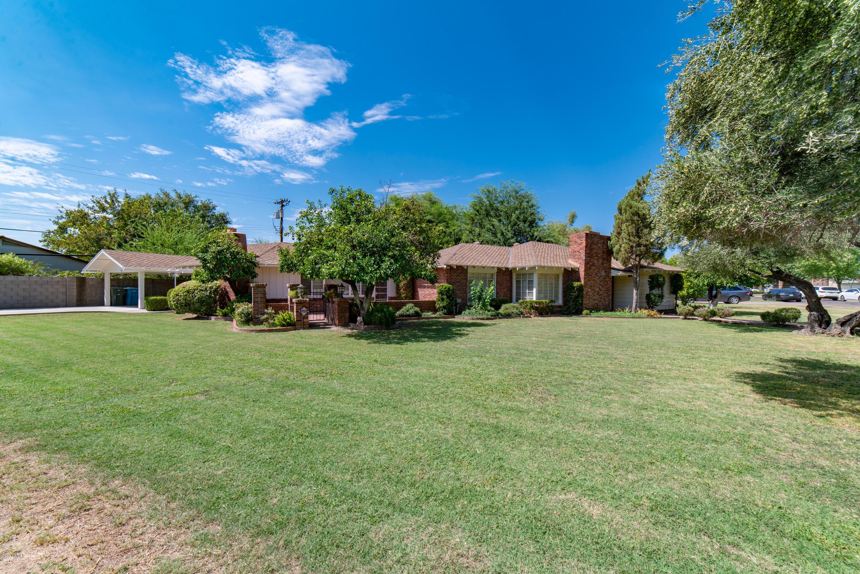 Photo of 101 W LAWRENCE Road, Phoenix, AZ 85013