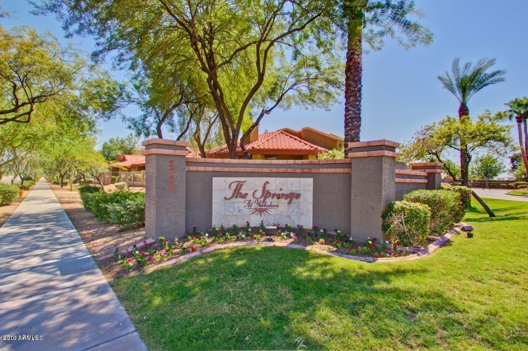 Photo of 2929 W YORKSHIRE Drive #2085, Phoenix, AZ 85027