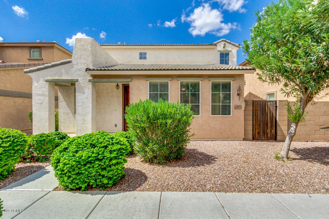 Photo of 4027 E MILKY Way, Gilbert, AZ 85295