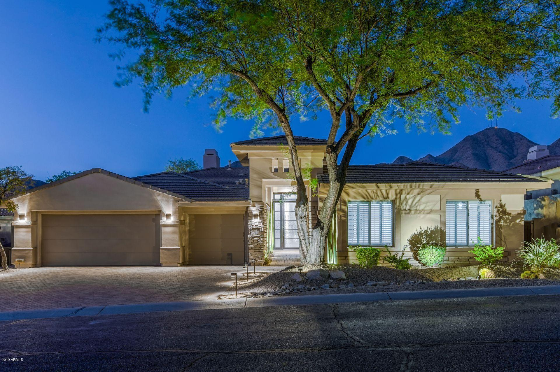 Photo of 11242 E BECK Lane E, Scottsdale, AZ 85255