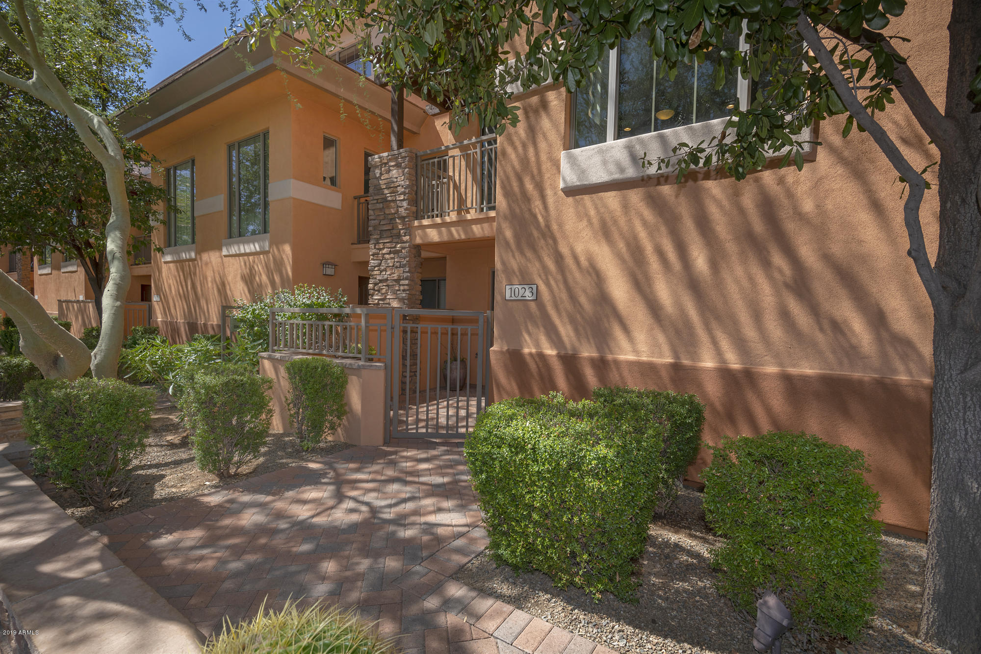 Photo of 6940 E COCHISE Road #1023, Paradise Valley, AZ 85253
