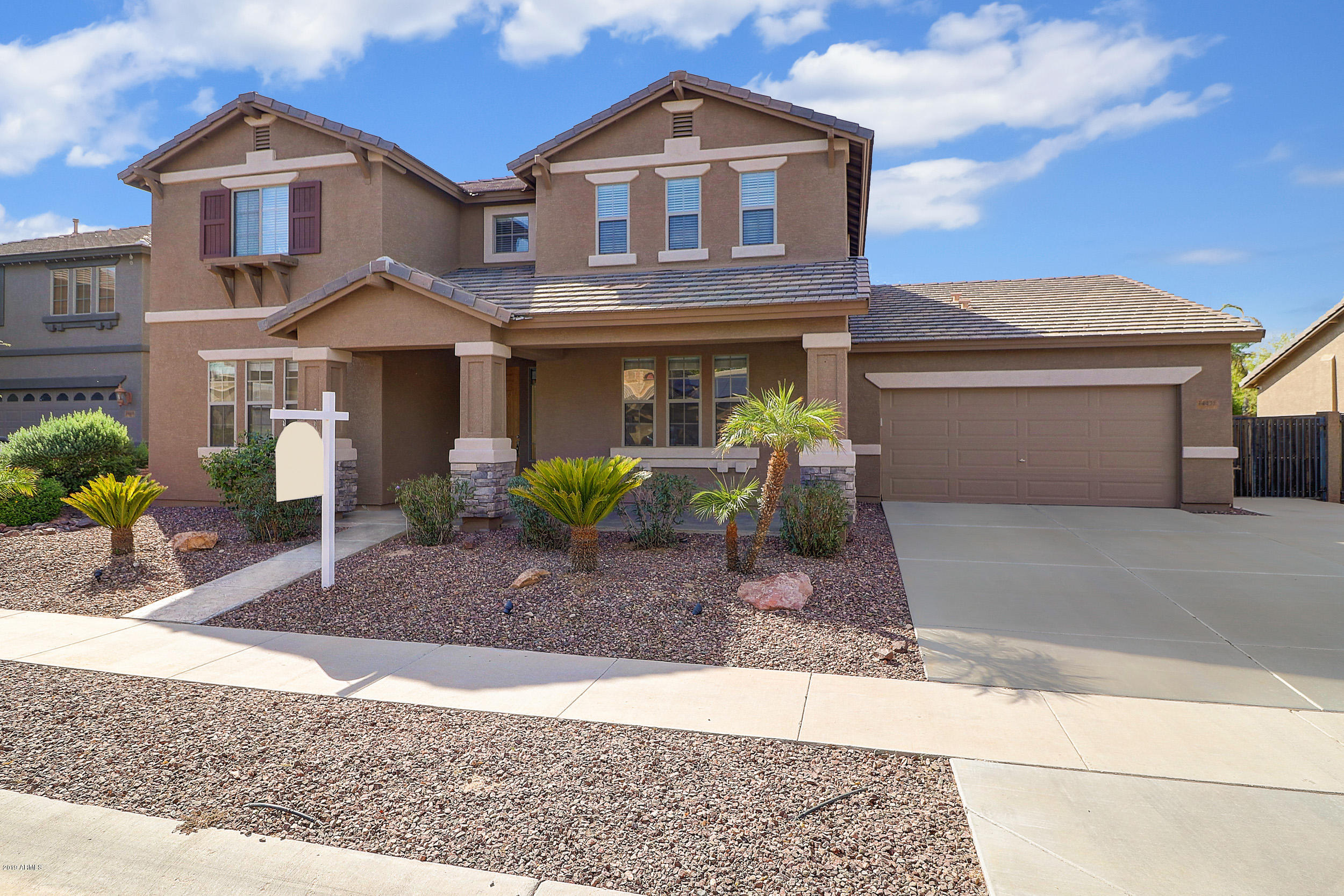 Photo of 14431 W SIERRA Street, Surprise, AZ 85379