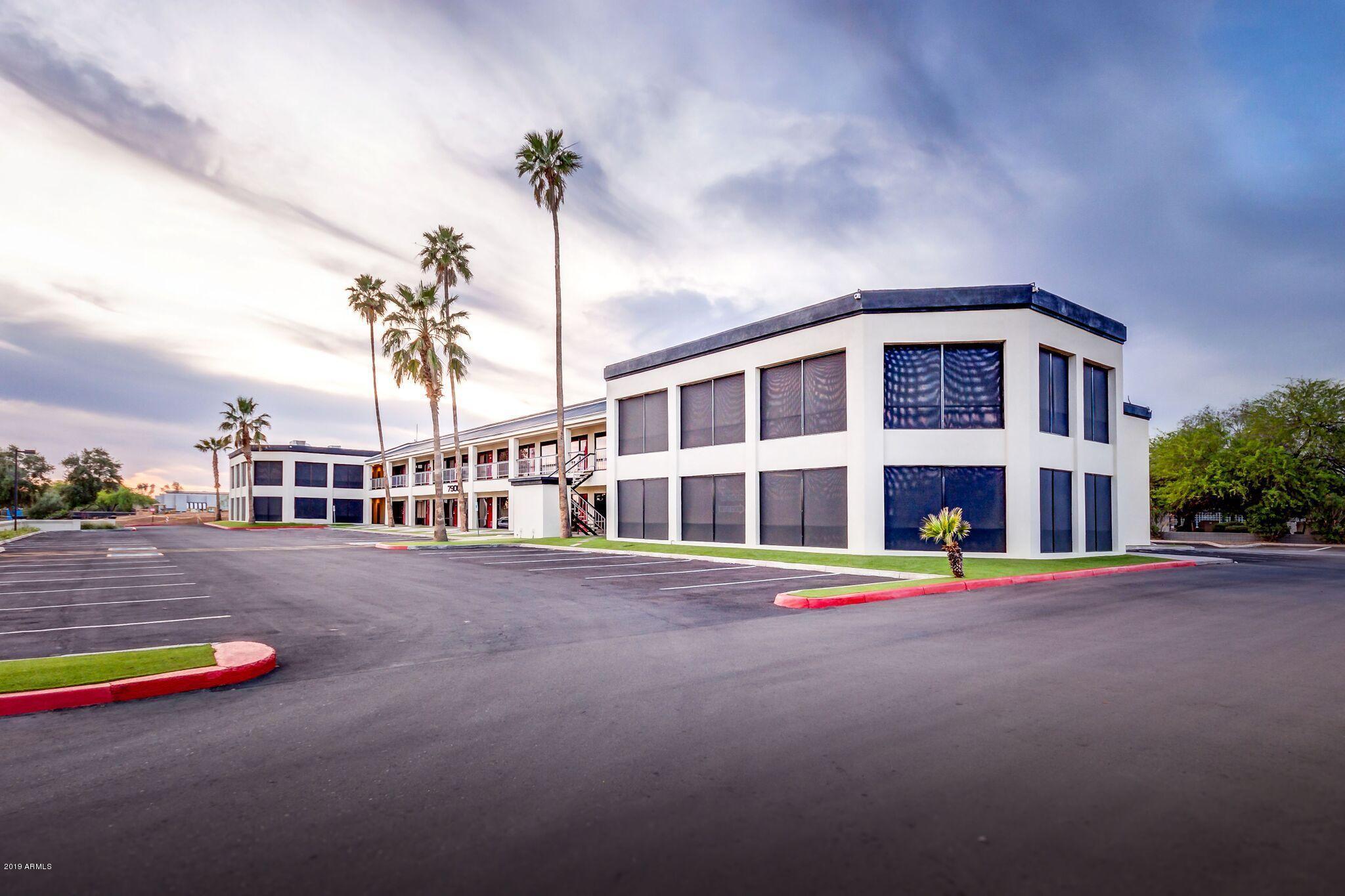 Photo of 7900 E GREENWAY Road, Scottsdale, AZ 85260