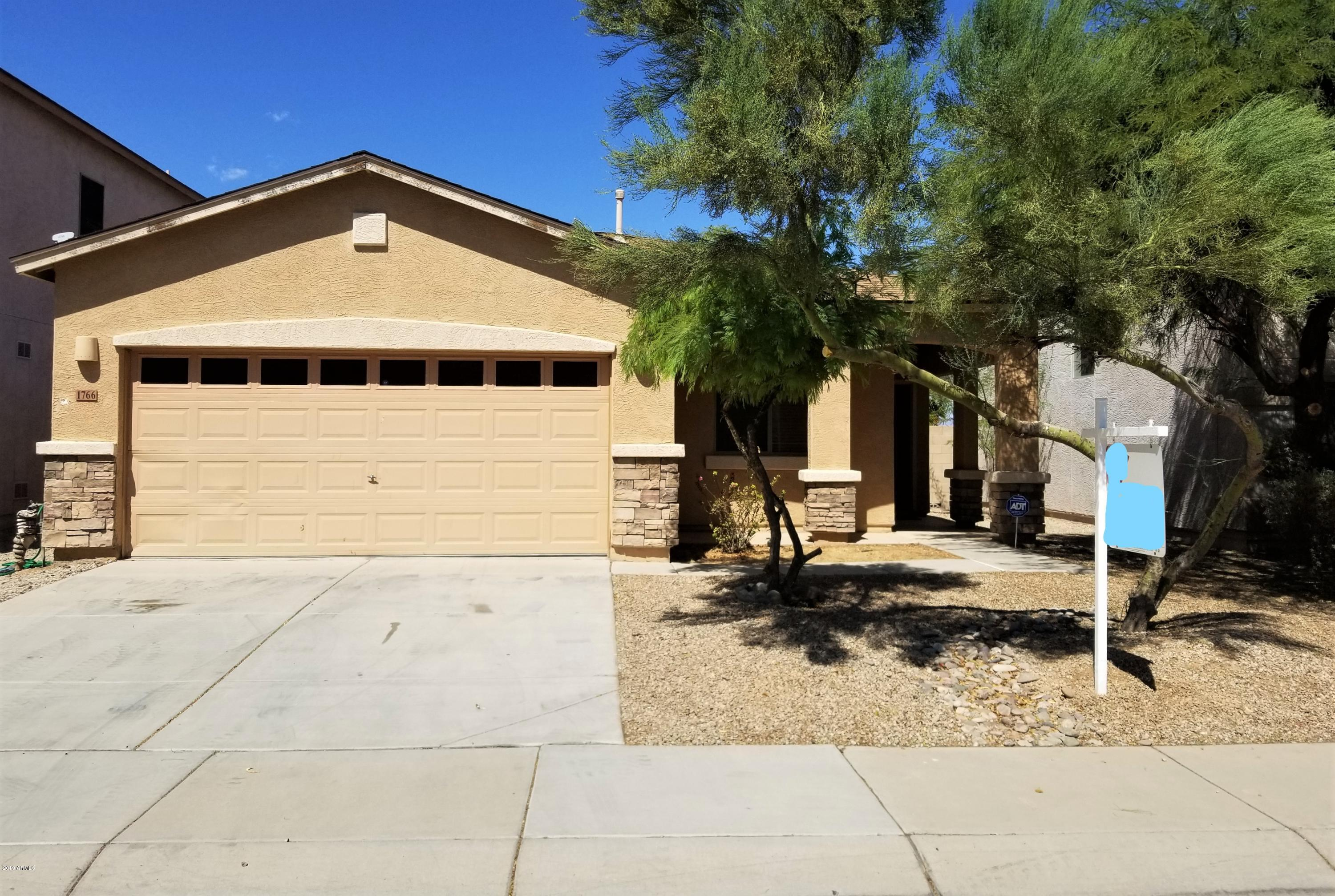 Photo of 1766 E SILVERSMITH Trail, San Tan Valley, AZ 85143