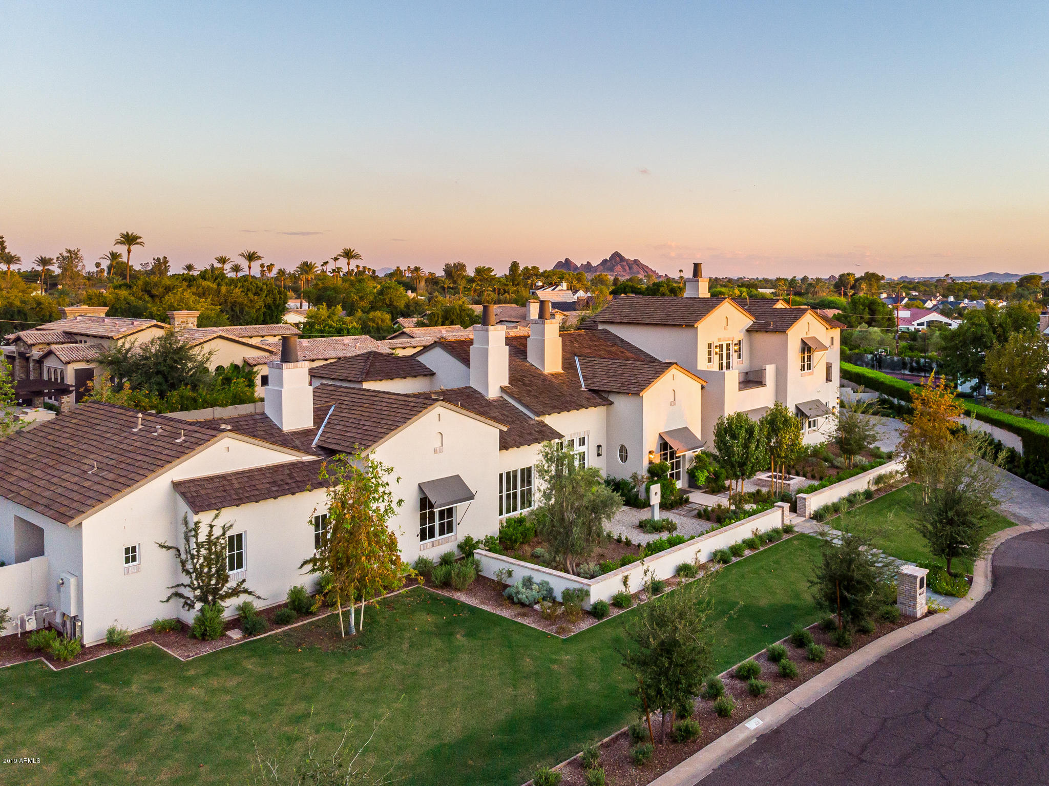 Photo of 4615 N ROYAL PALM Circle, Phoenix, AZ 85018