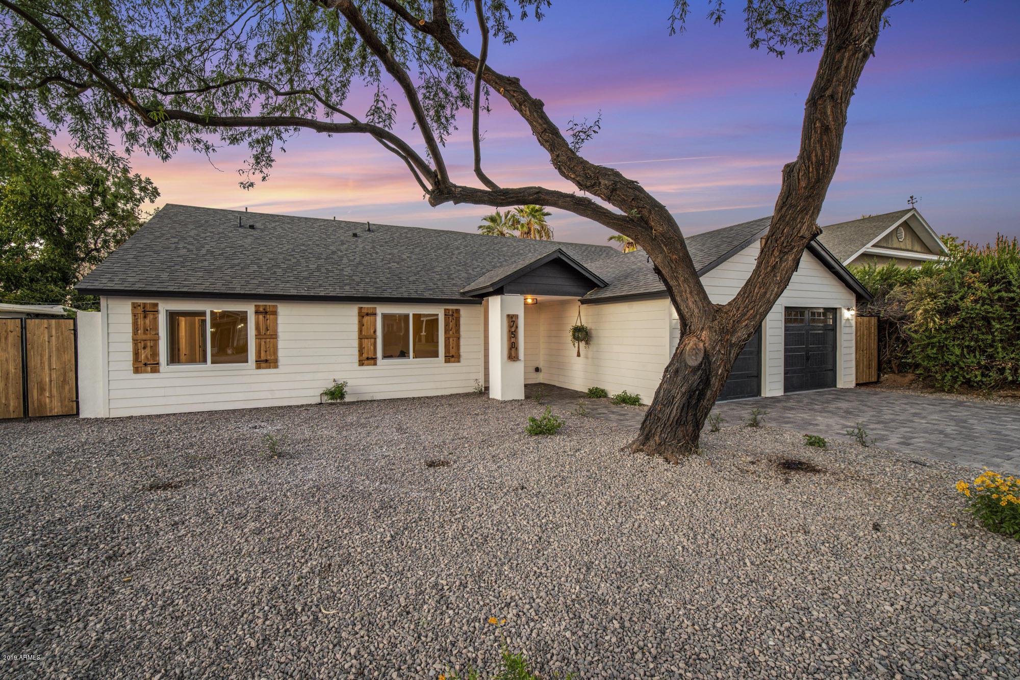 Photo of 750 E MYRTLE Avenue, Phoenix, AZ 85020