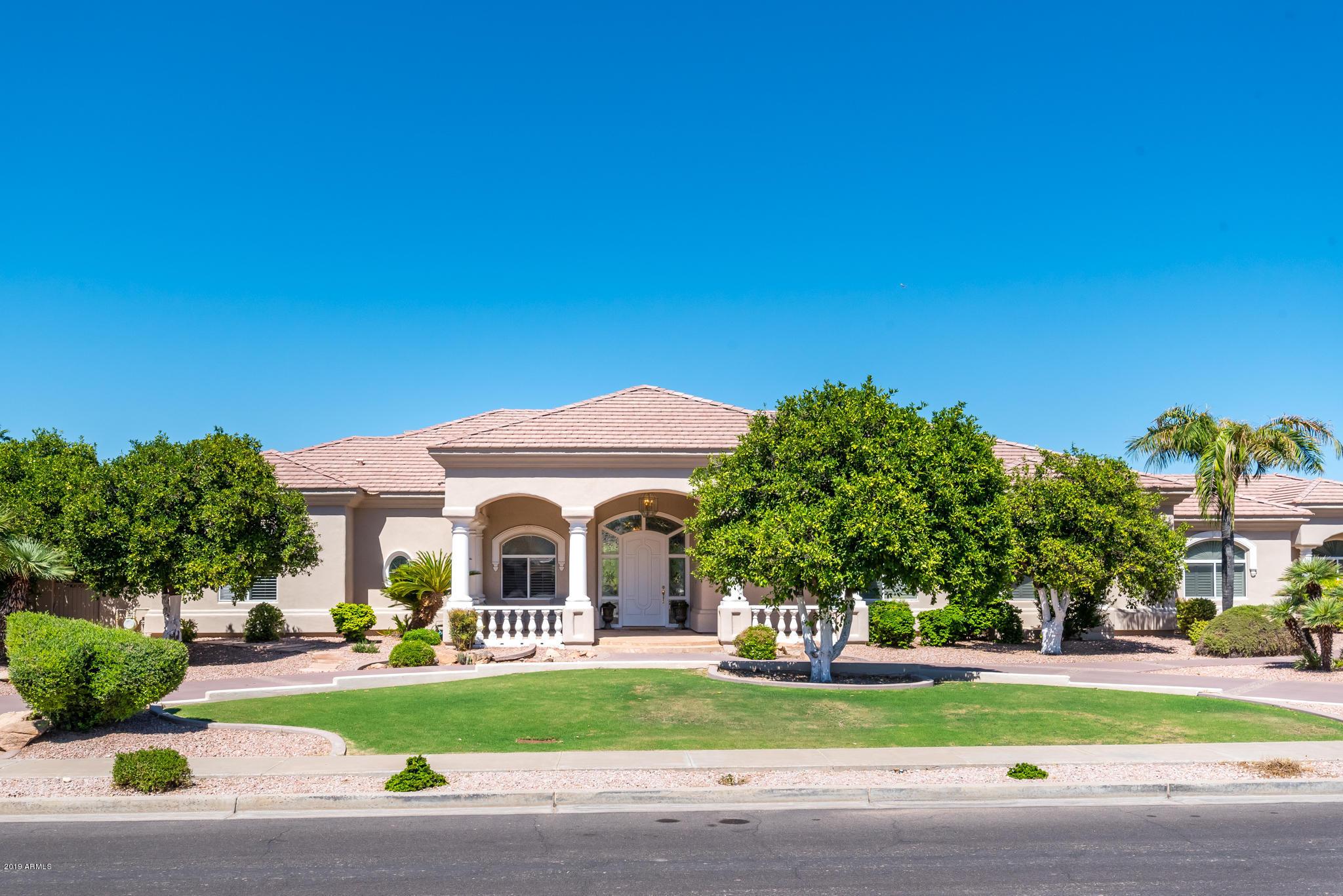 Photo of 3942 E LELAND Street, Mesa, AZ 85215
