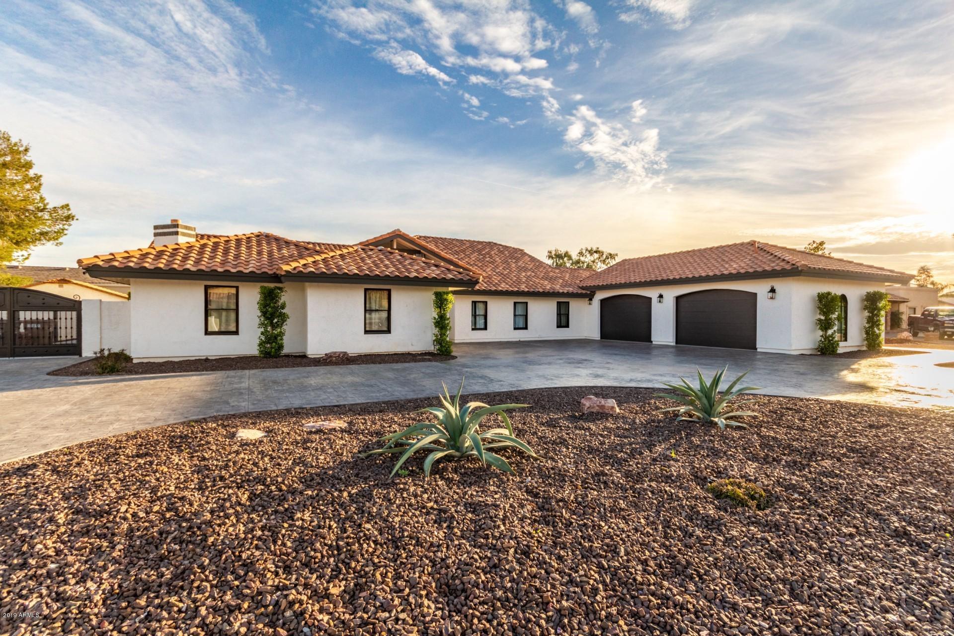 Photo of 7041 W Willow Avenue, Peoria, AZ 85381