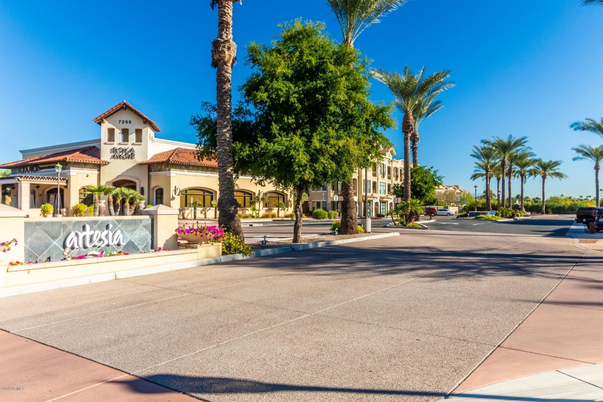 Photo of 7275 N SCOTTSDALE Road #1023, Paradise Valley, AZ 85253