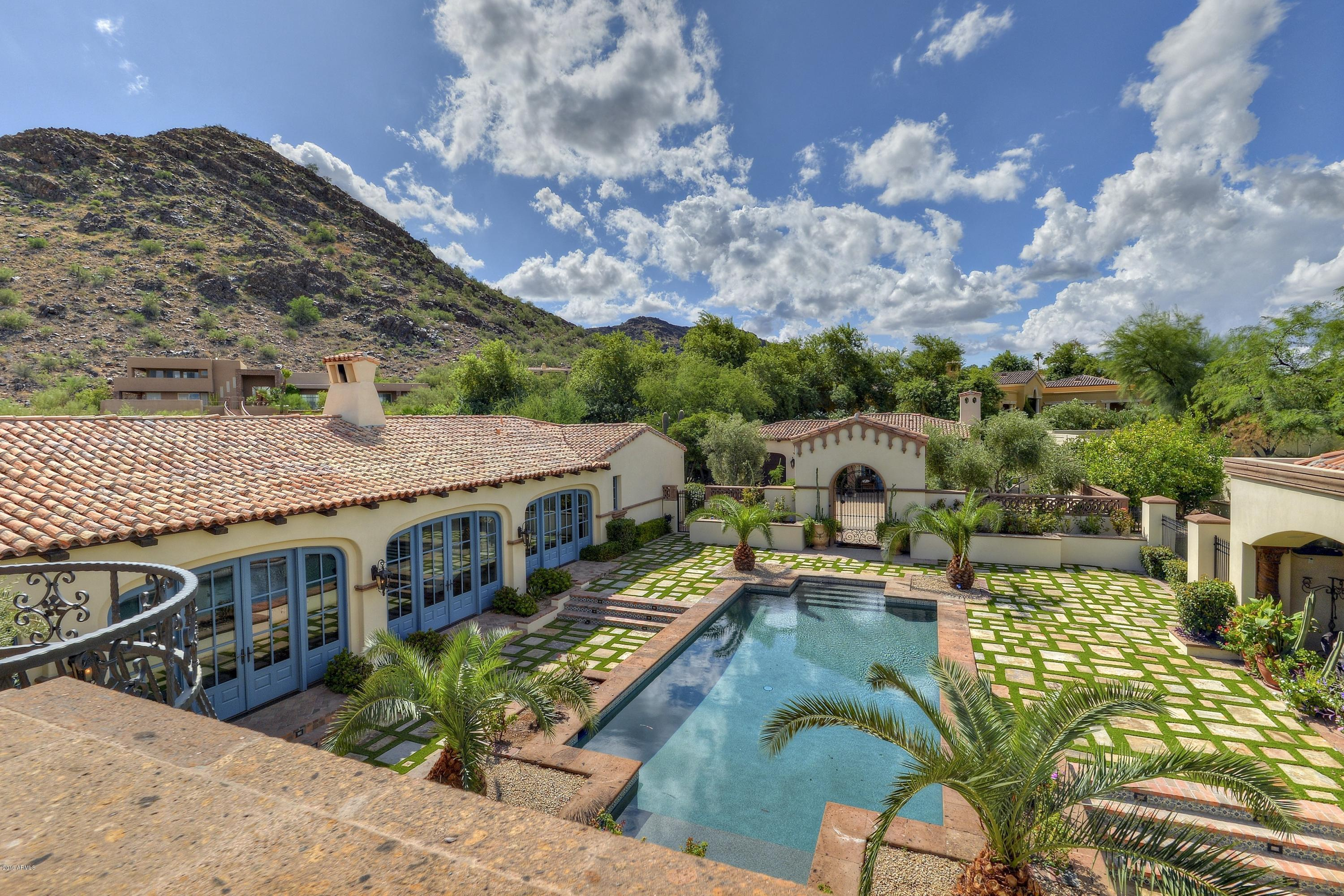 Photo of 5347 E ROYAL PALM Road, Paradise Valley, AZ 85253