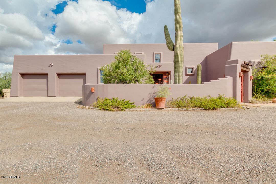 Photo of 39284 N RIDGEWAY Drive, Cave Creek, AZ 85331
