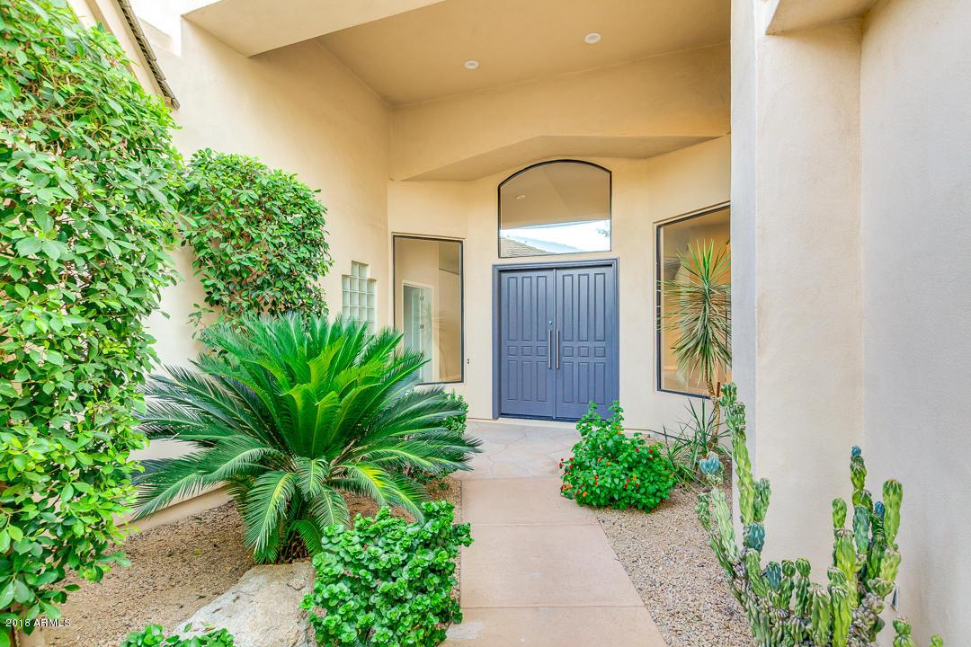 Photo of 7425 E GAINEY RANCH Road #3, Scottsdale, AZ 85258