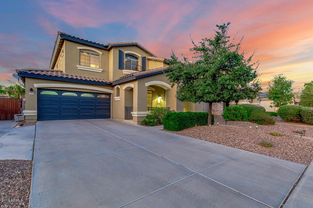 Photo of 13814 W EARLL Drive, Avondale, AZ 85392
