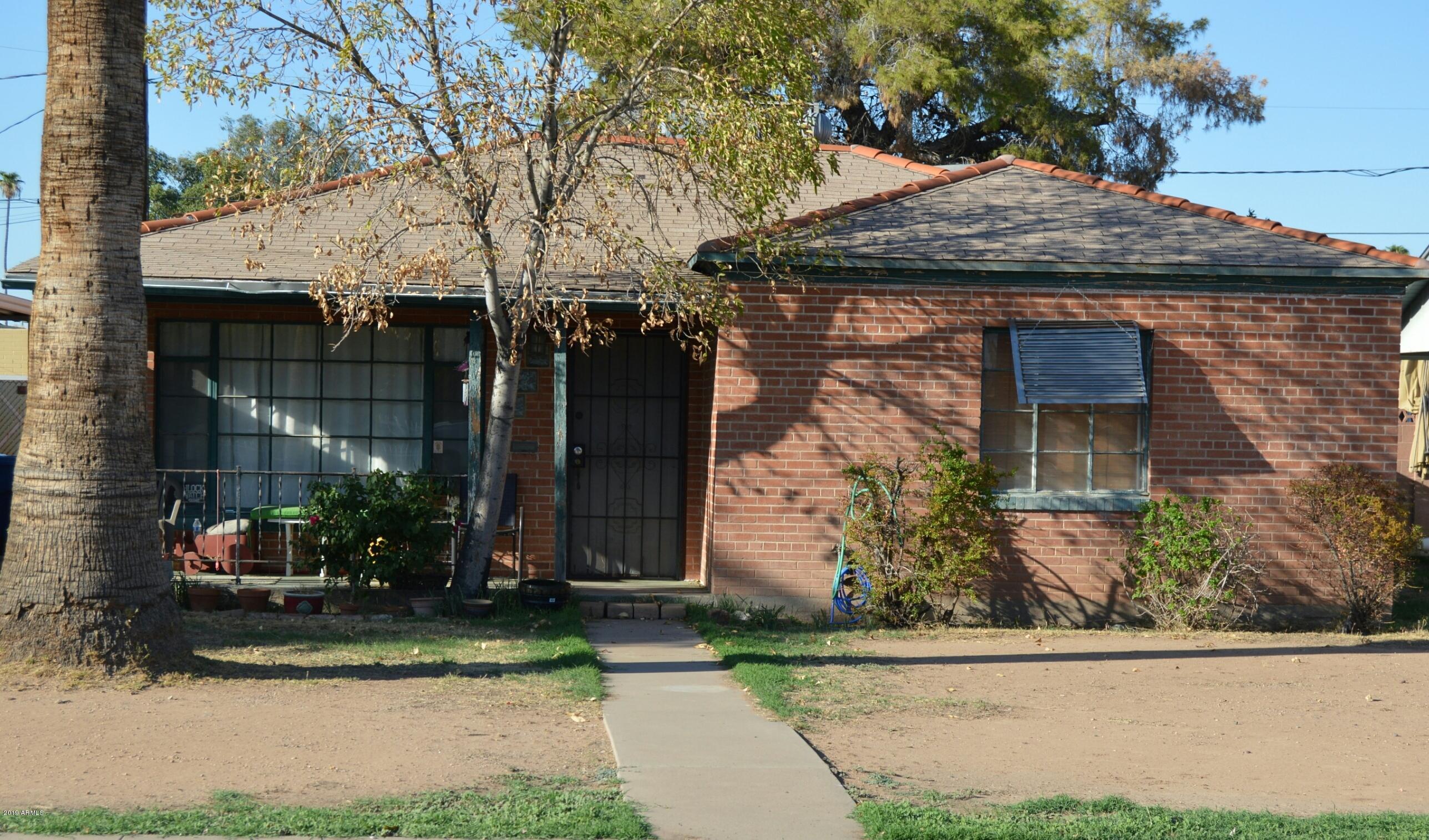 Photo of 1212 E ALMERIA Road, Phoenix, AZ 85006