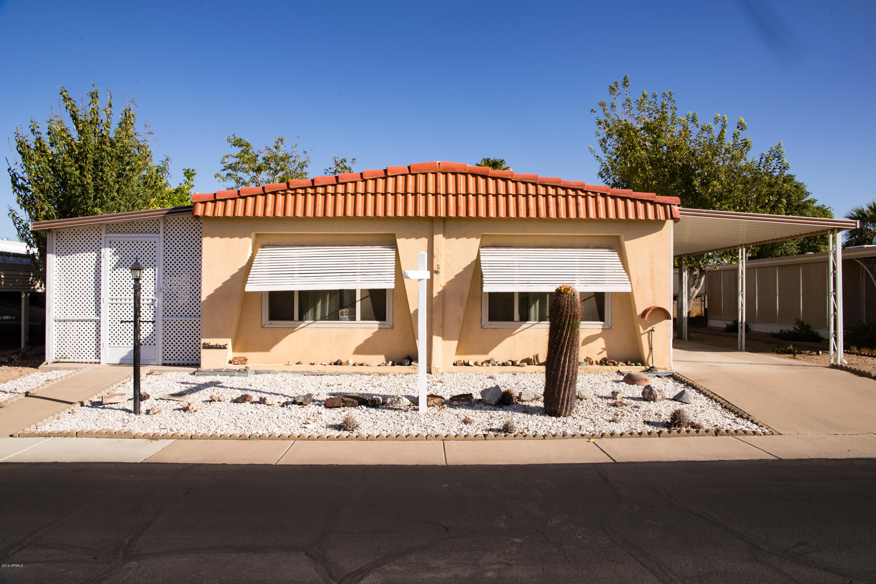 Photo of 3036 E UTOPIA Road #70, Phoenix, AZ 85050