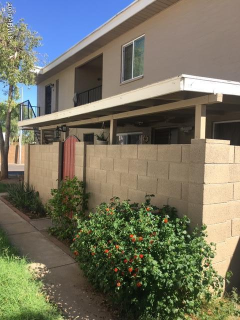 Photo of 2132 W GLENROSA Avenue #C82, Phoenix, AZ 85015