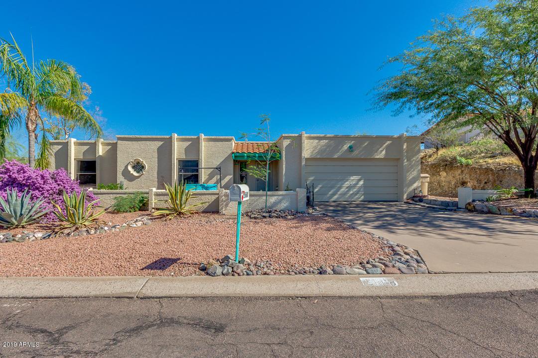 Photo of 15668 E TEPEE Drive, Fountain Hills, AZ 85268