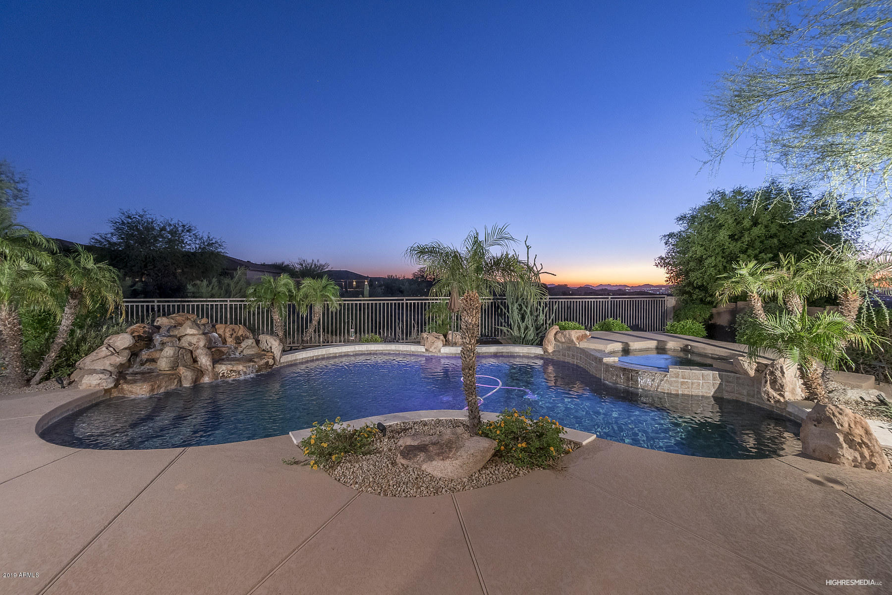 Photo of 11243 E CARIBBEAN Lane, Scottsdale, AZ 85255