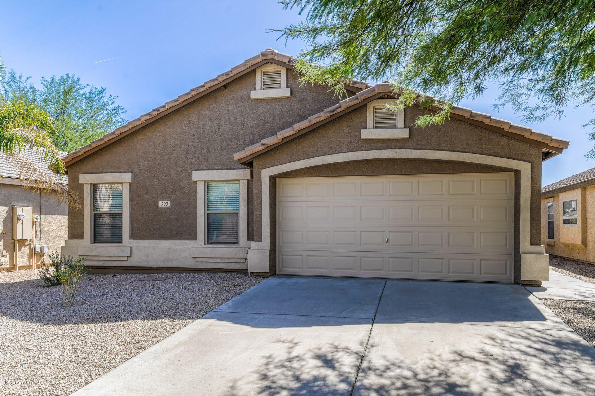 Photo of 903 E DRAGON FLY Road, San Tan Valley, AZ 85143
